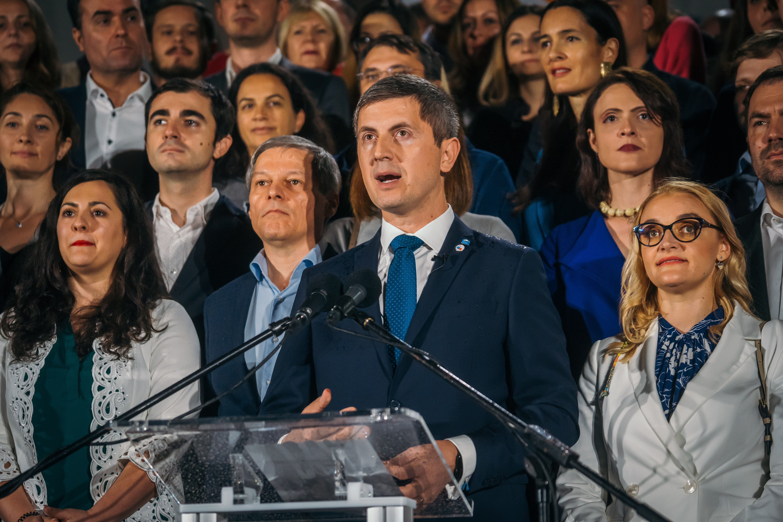 Kormányválság Romániában, szétrobbant a koalíció