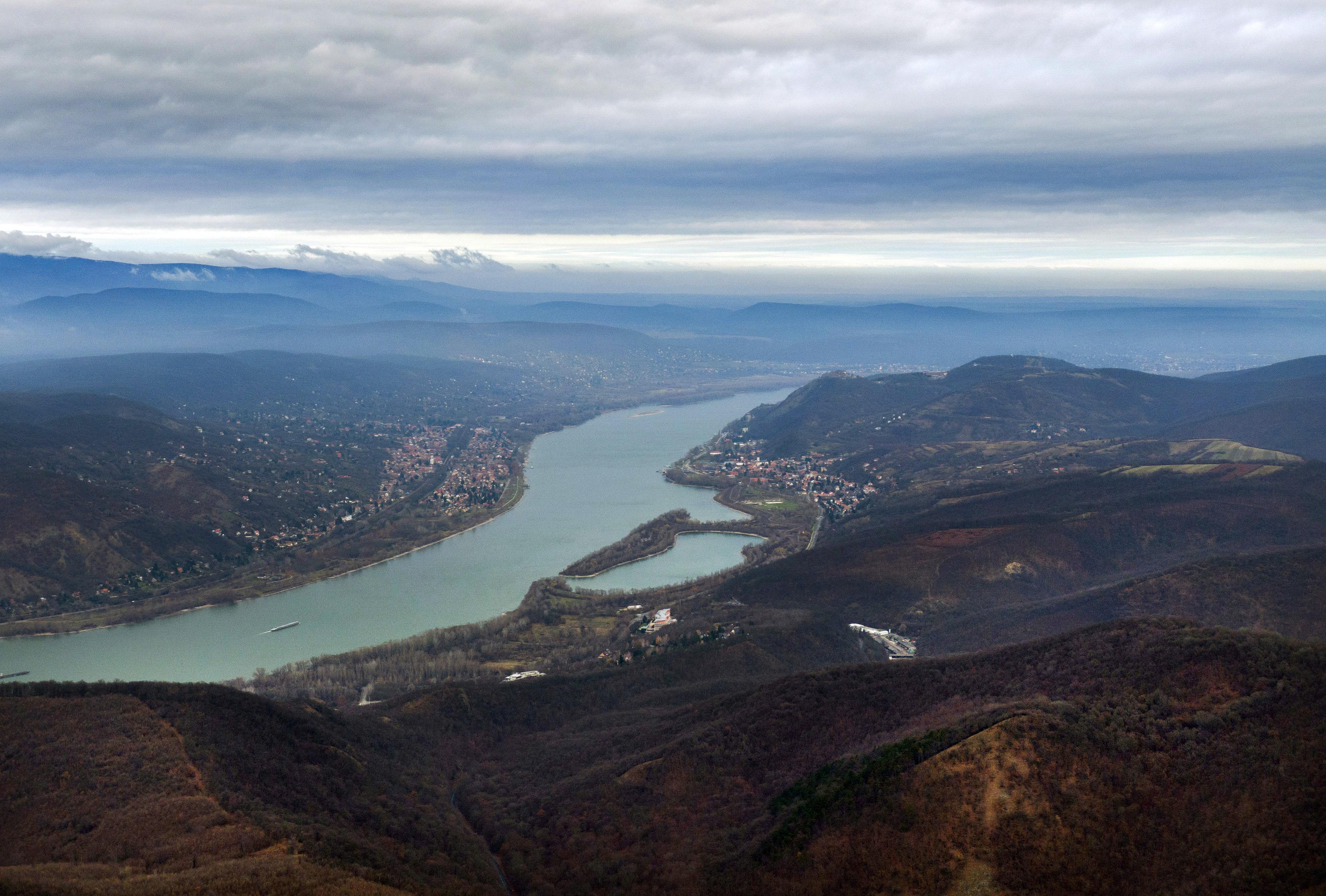 Valós idejű adatok nemzetközi megosztása segítheti az árvízi védekezést a Dunán