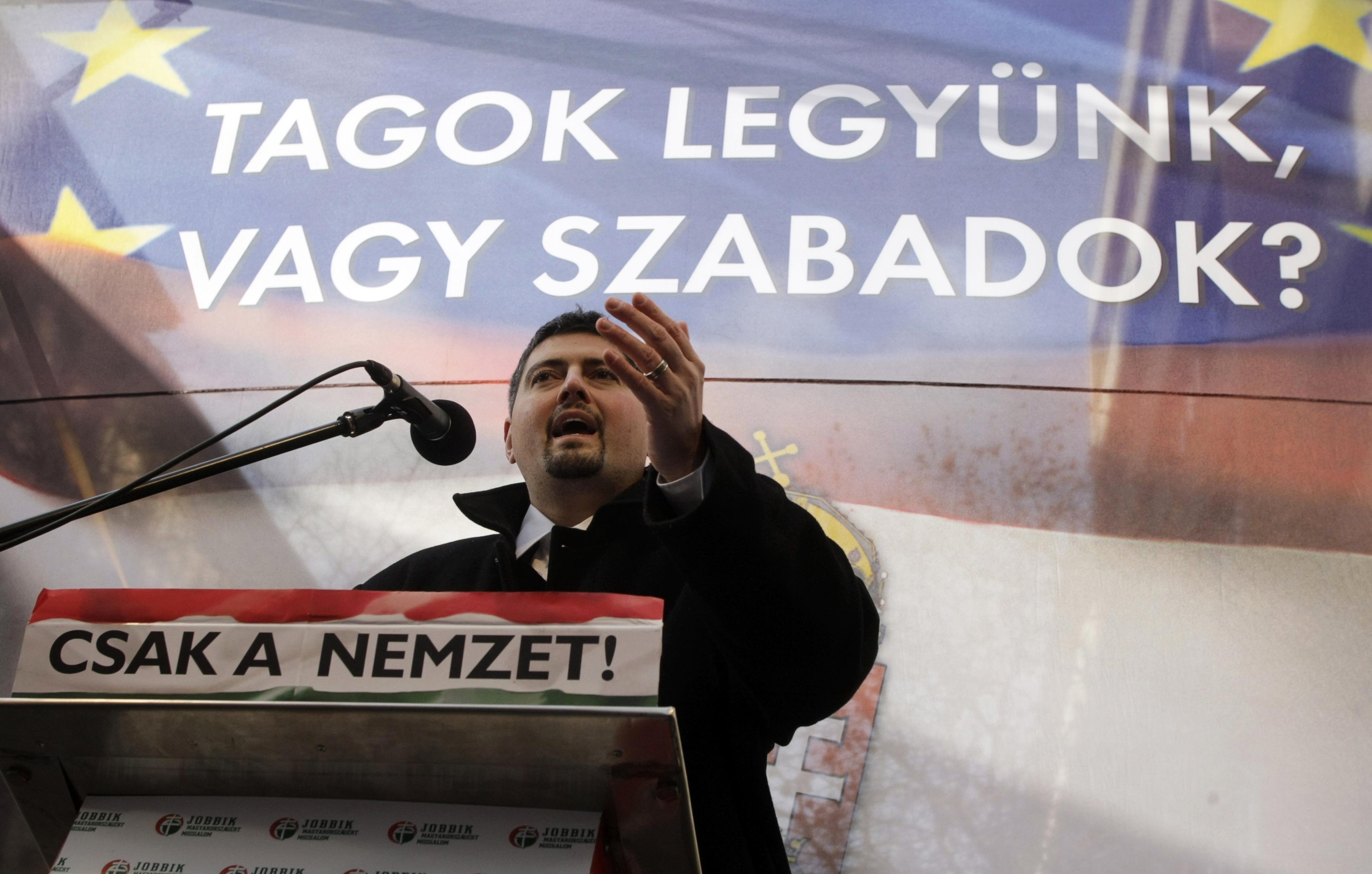 Vádat emeltek Szegedi Csanád ellen költségvetési csalás miatt