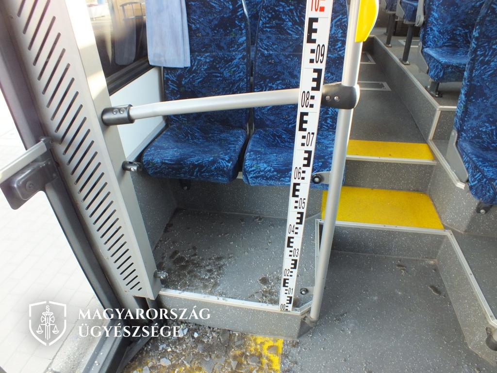 Kommentelőt vertek egy Fonyód felé tartó távolsági buszon