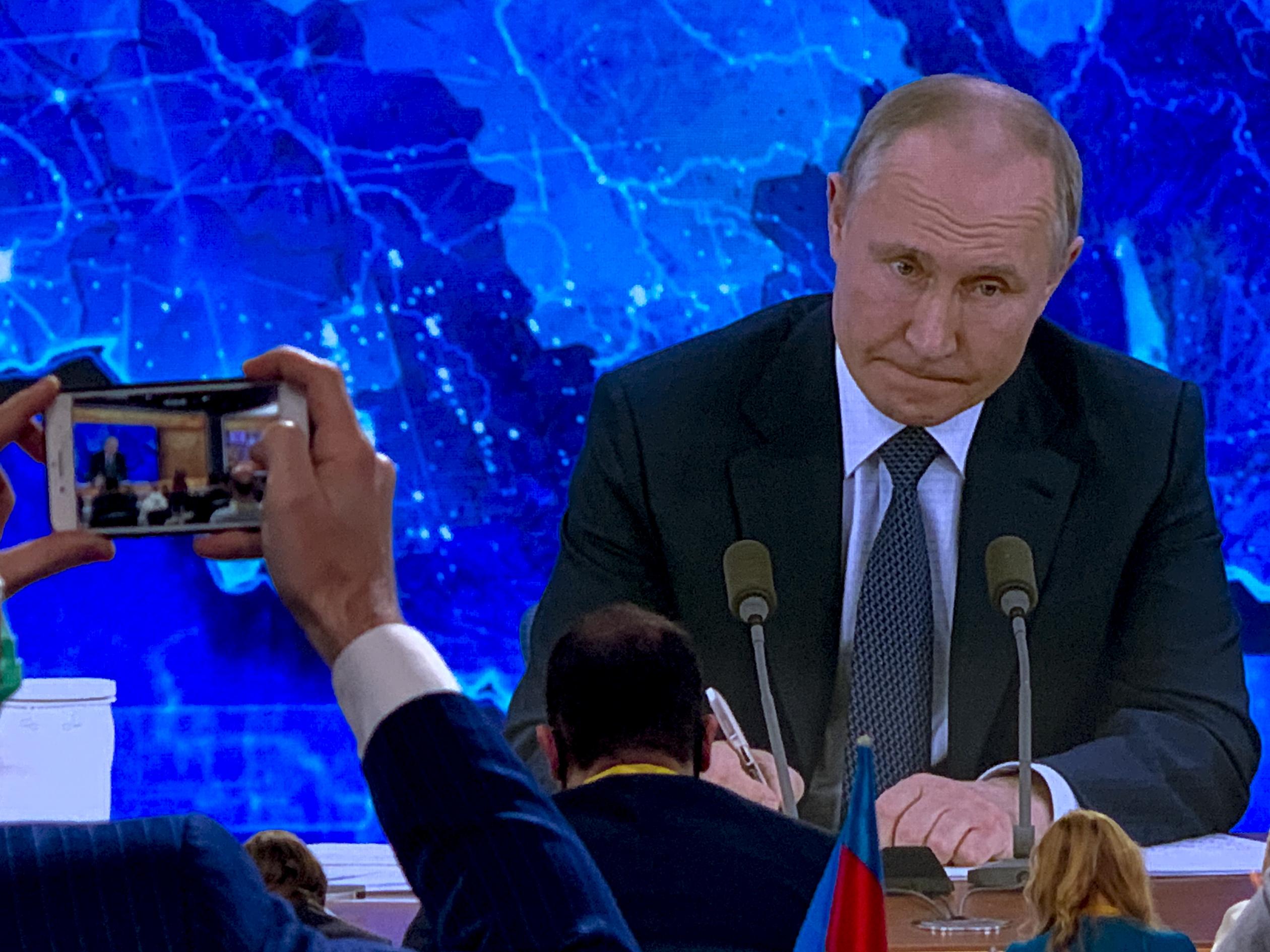 Putyin akkor fogja beoltatni magát az orosz vakcinával, ha az ő korosztályának is javasolják