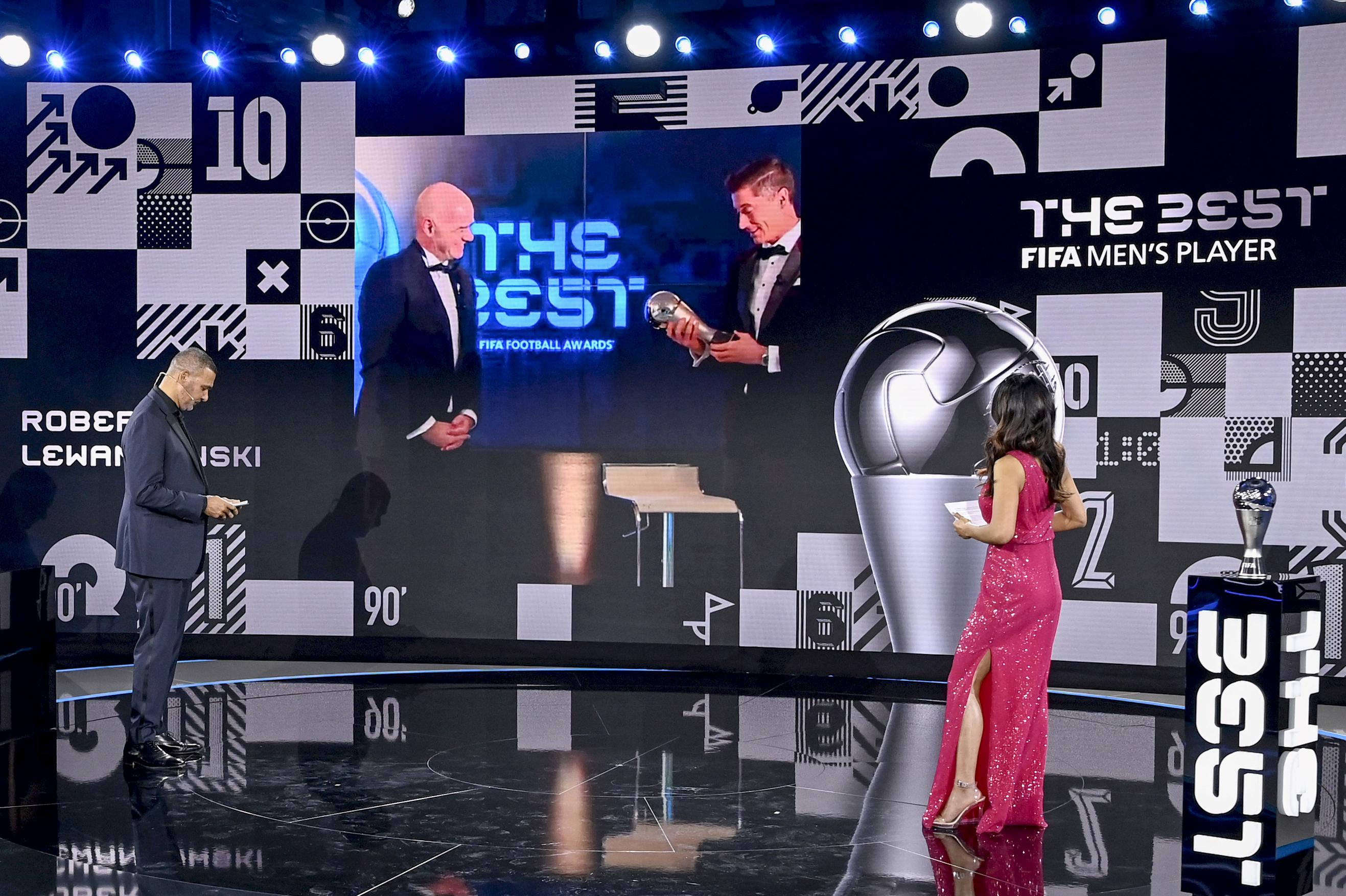 Lewandowski lett a FIFA-nál az év játékosa