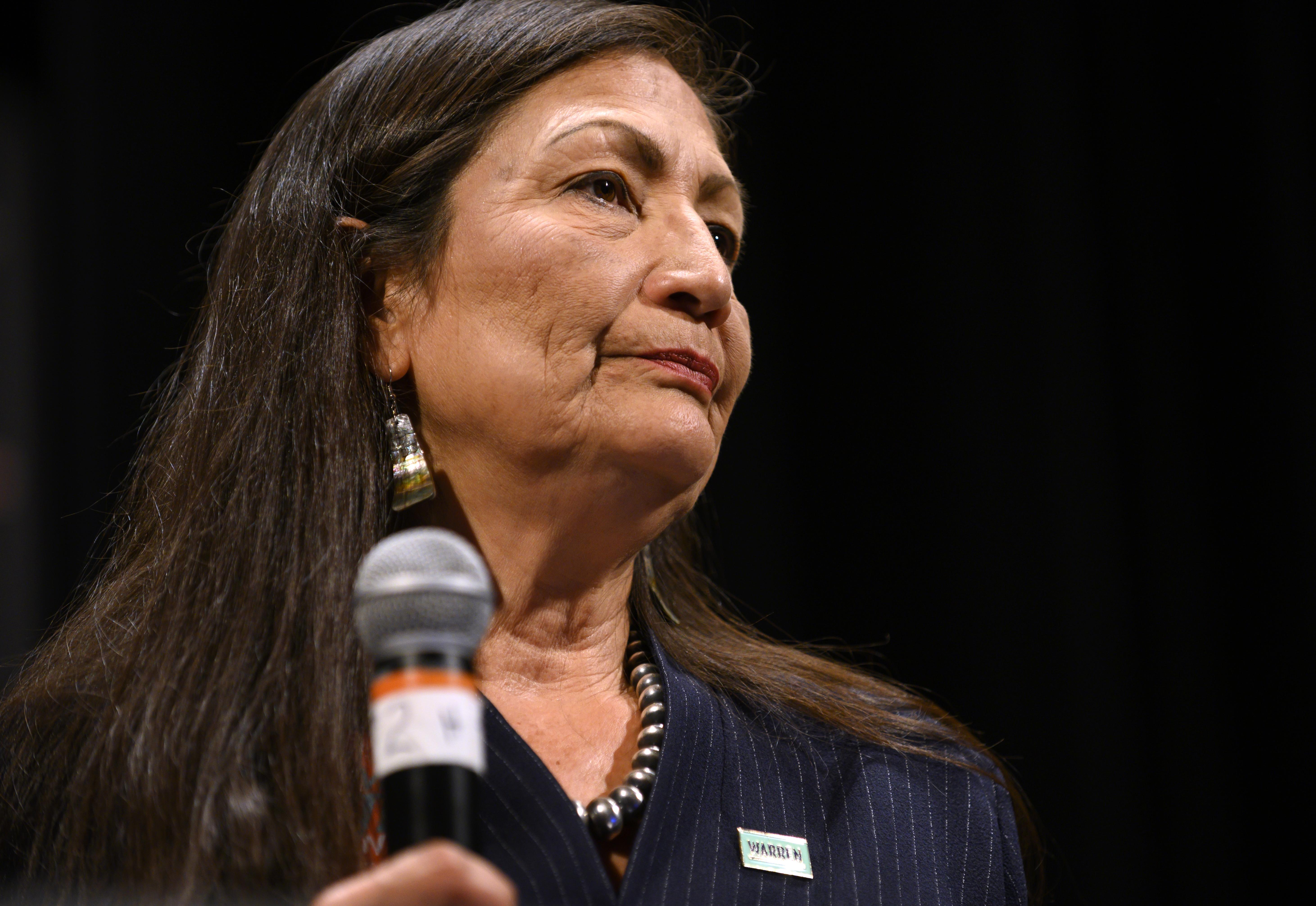 Történelmi: az Egyesült Államok kormányának először lehet őslakos tagja