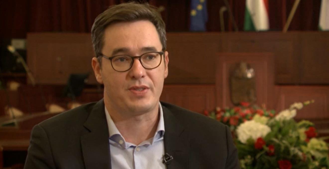 Ingyenes teszt, koncessziós autópályák, Európai Ügyészség, Fudan: ezek Karácsony Gergely népszavazási kérdései