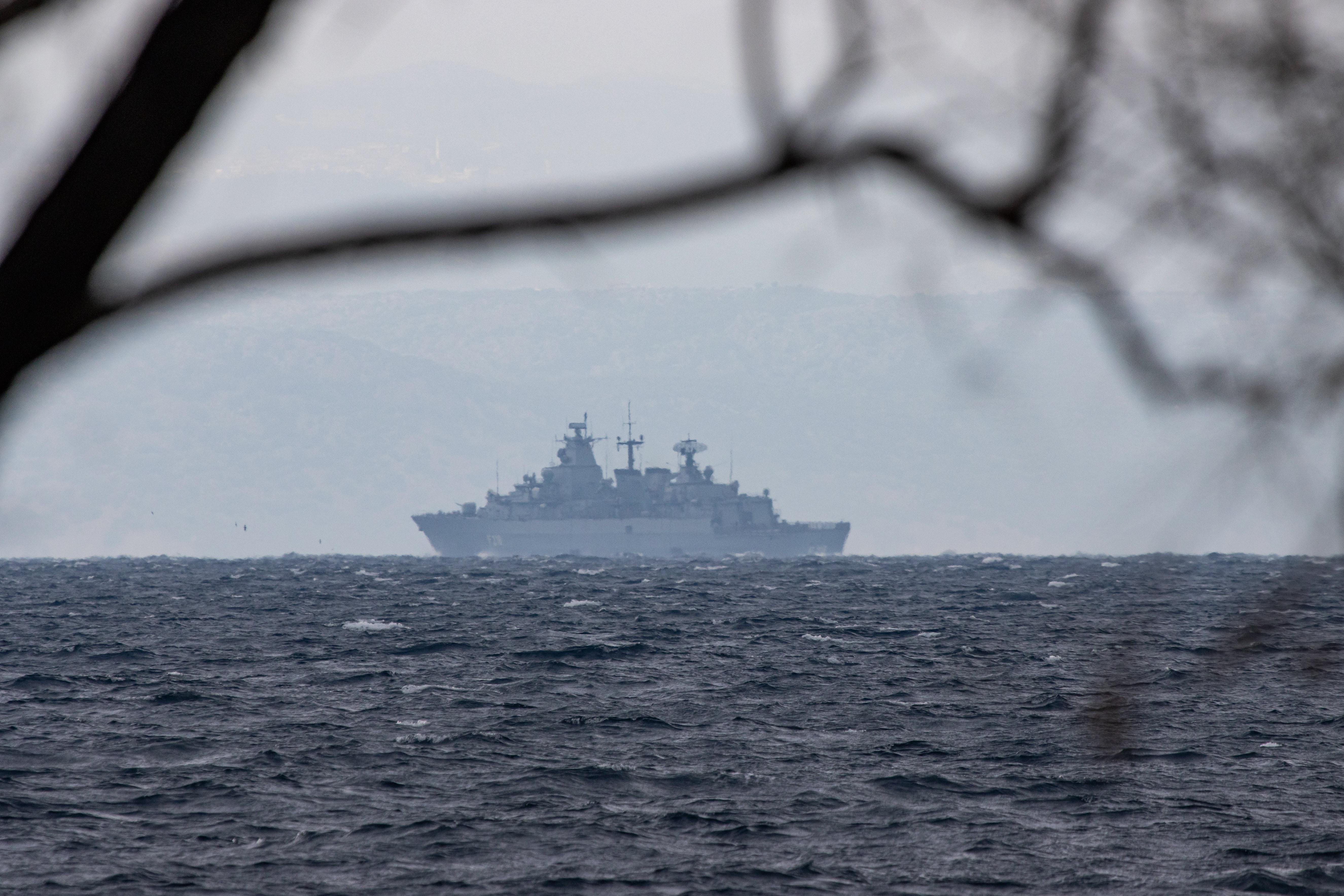 Menekültekkel teli hajó süllyedt el Tunézia partjainál