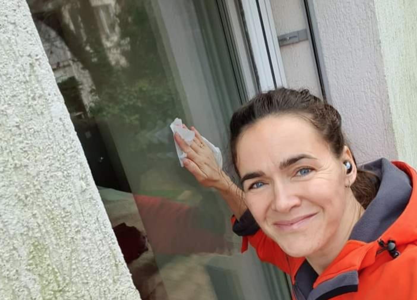 Ál-ablakpucolással vádolja Novák Katalint Szabó Tímea