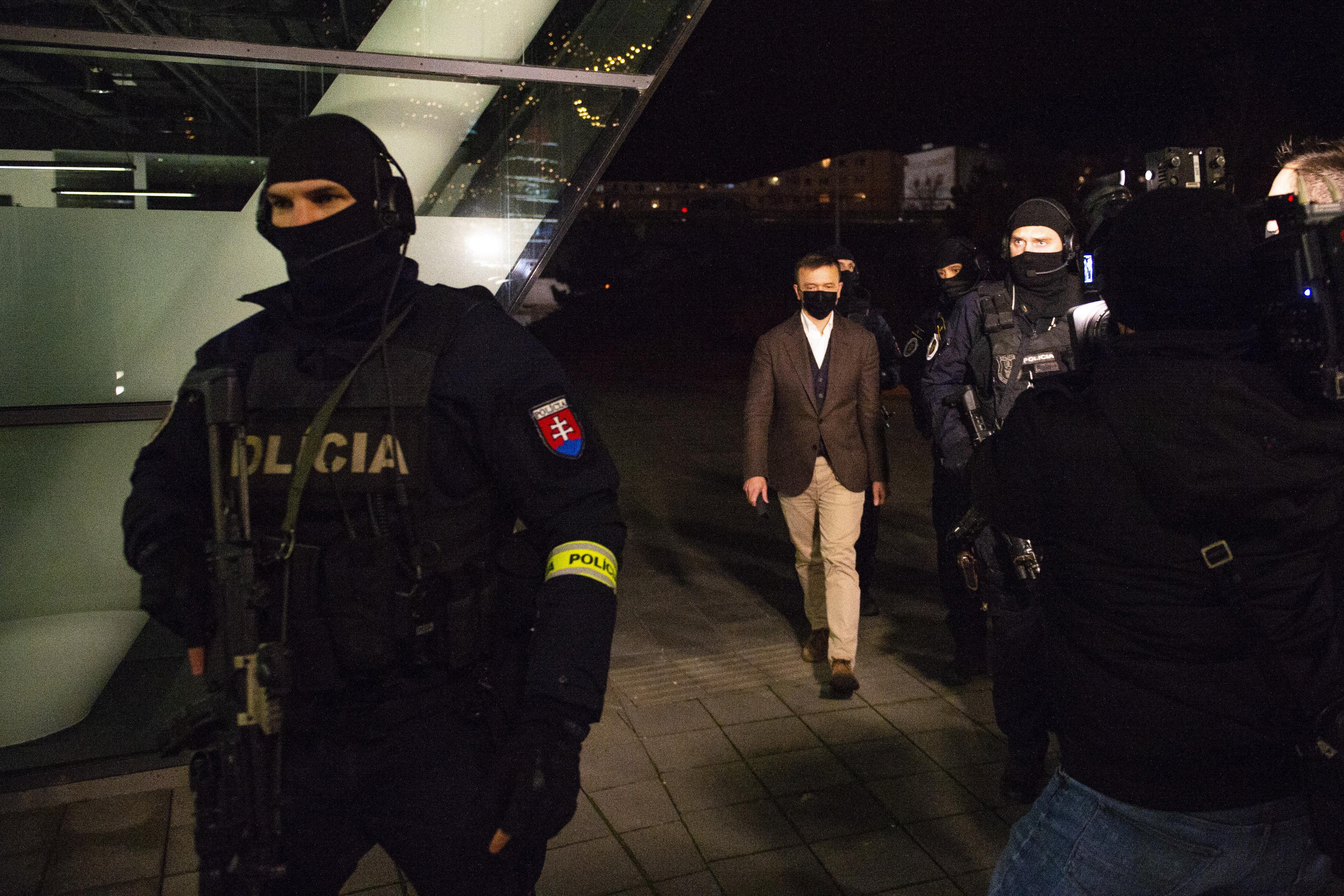 Öngyilkosságot kísérelt meg az őrizetbe vett volt szlovák rendőrfőkapitány