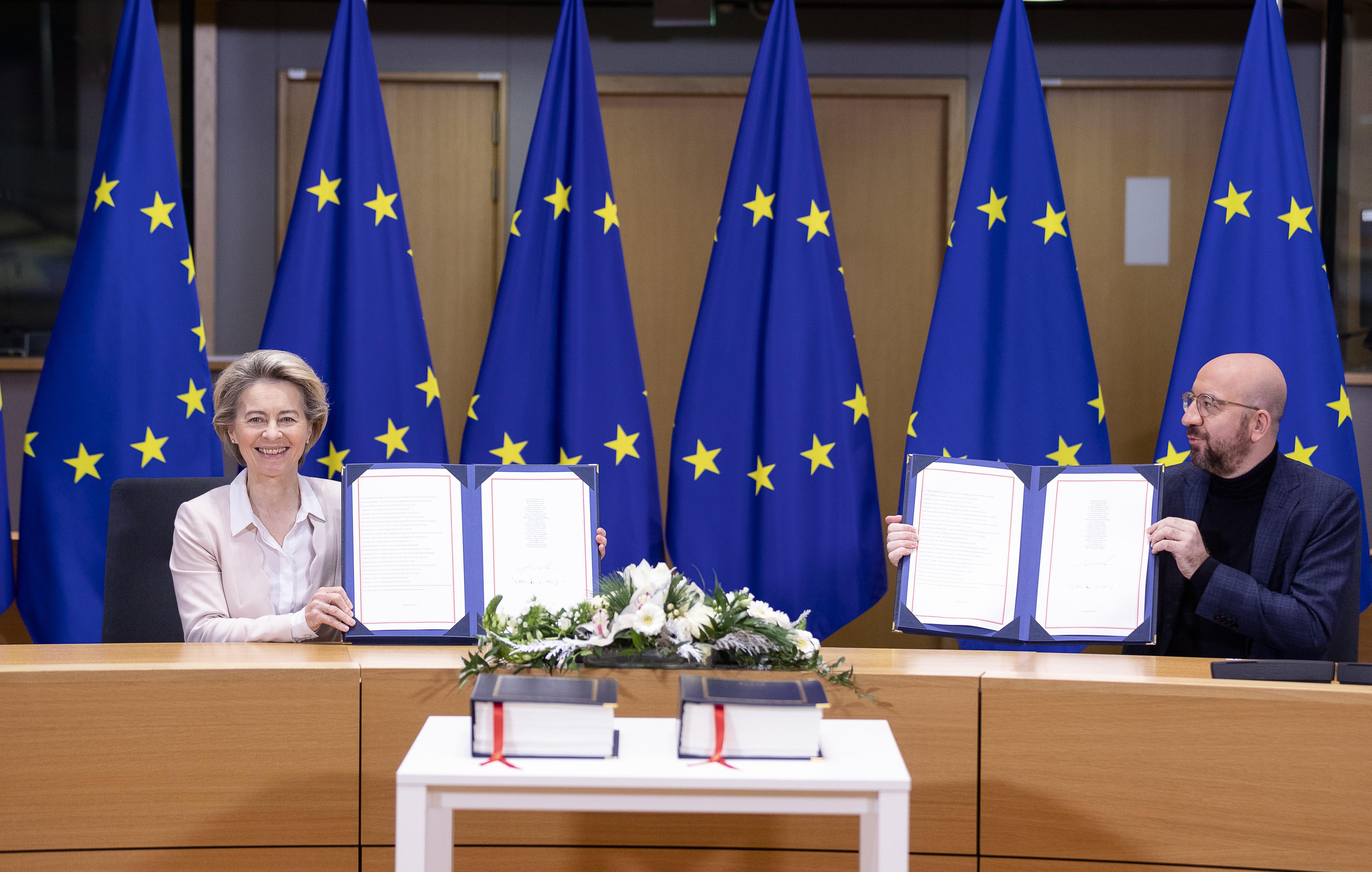 Brüsszelben már aláírták a Brexit utáni kereskedelmi megállapodást