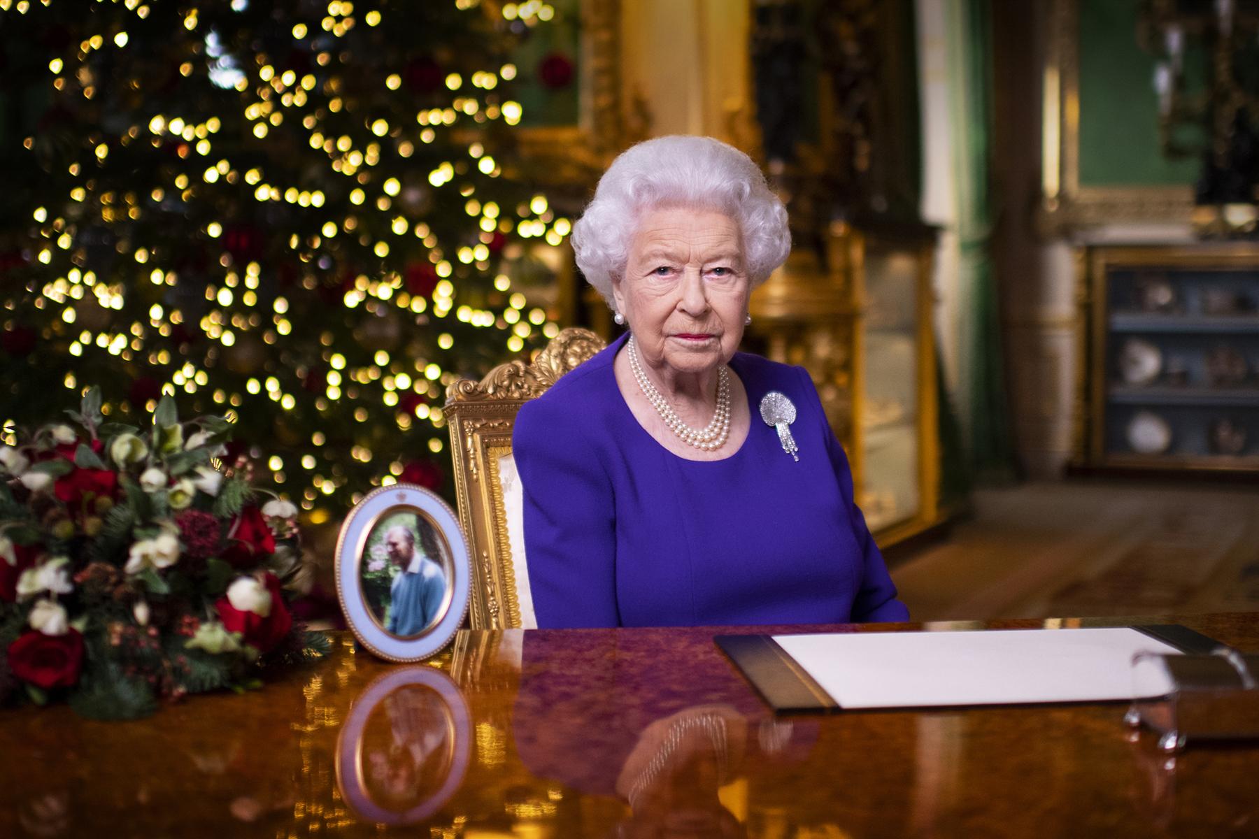 Erzsébet királynő is aláírta a Brexit-megállapodást