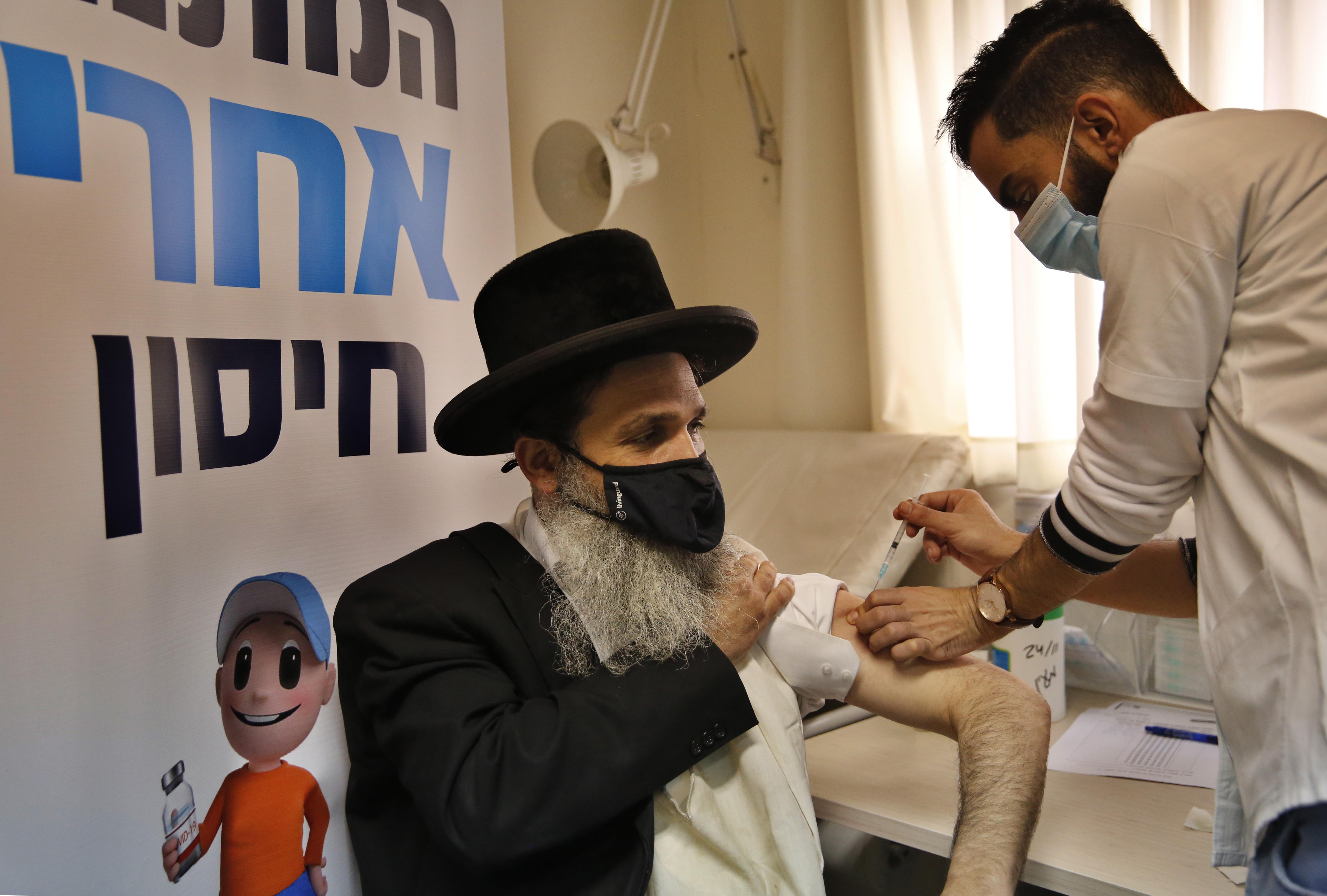 Izrael mutatja meg a világnak, hogyan kell megszabadulni a járványtól