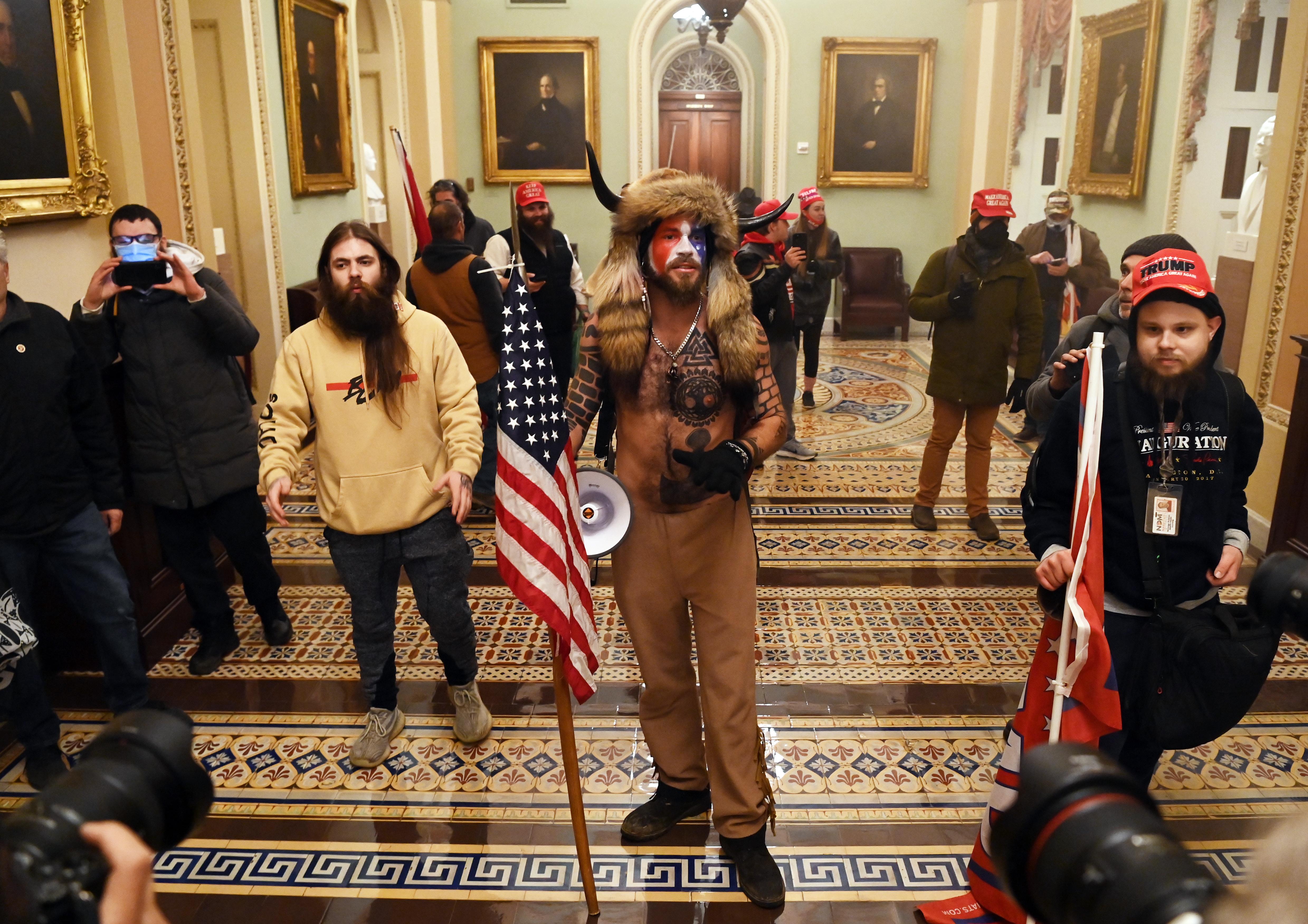 Trumpisták rontottak be a Capitoliumba