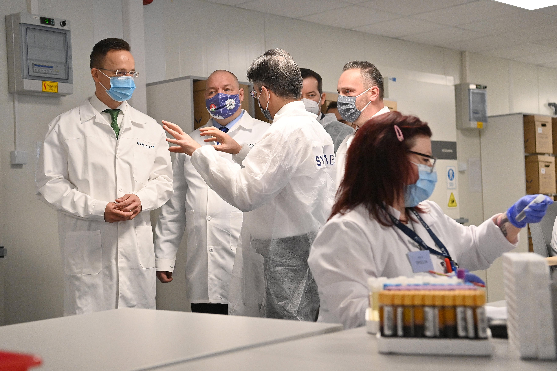 A járvány megdobta a magánegészségügyi cégek bevételeit
