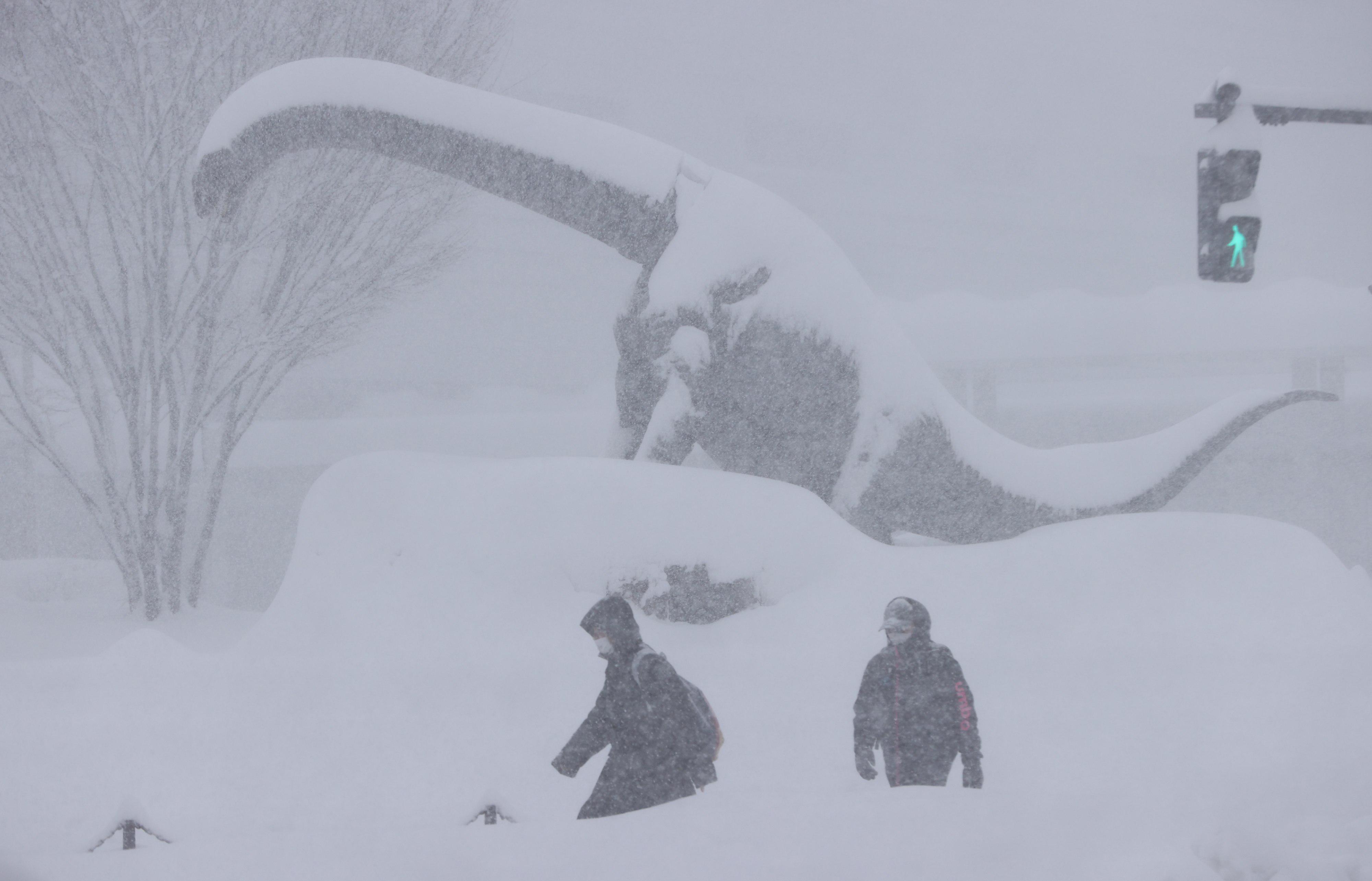 Halálos áldozatot követelt a japán hóvihar