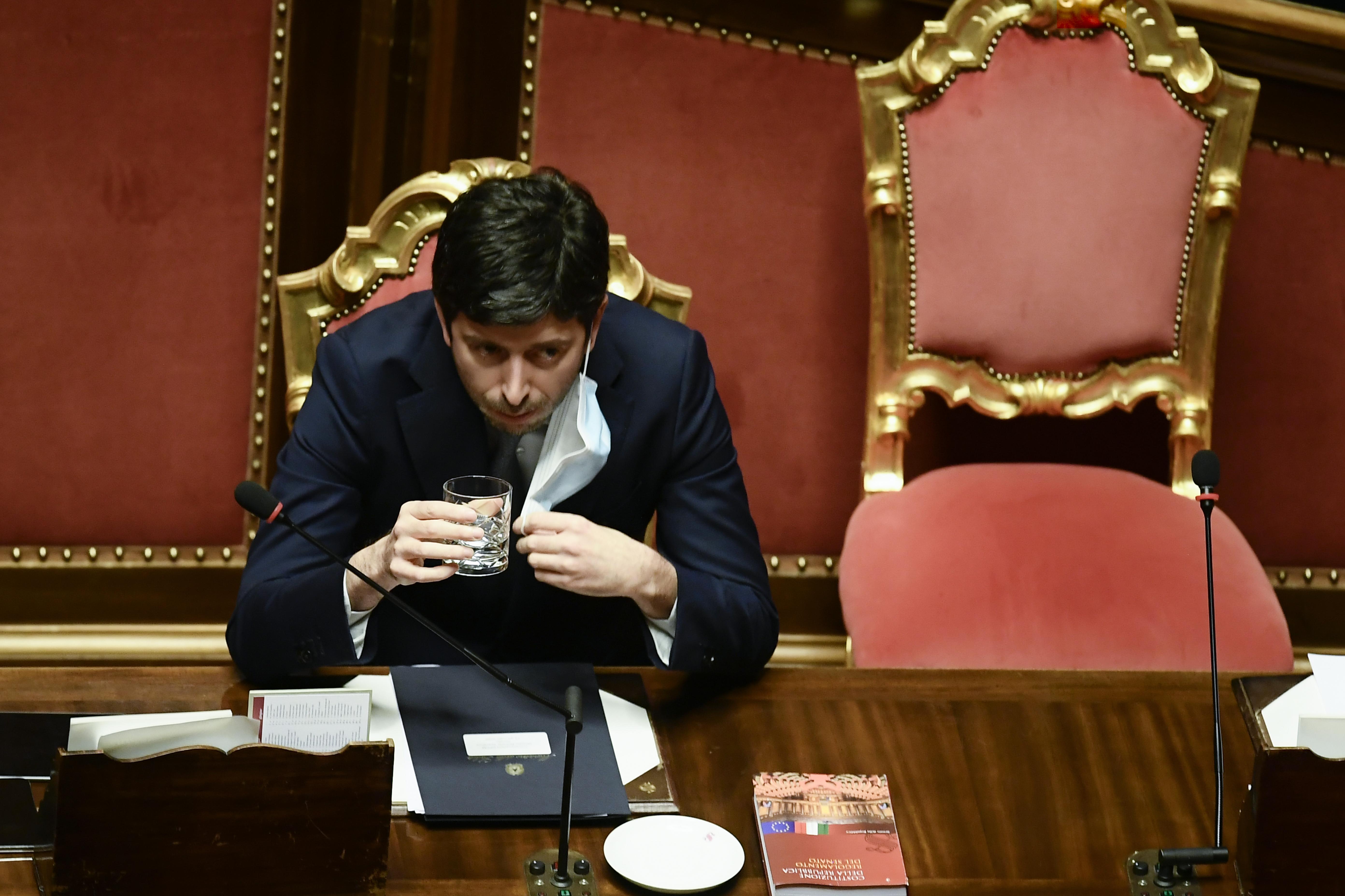 Olaszország nem fogadja a Brazíliából érkező repülőket