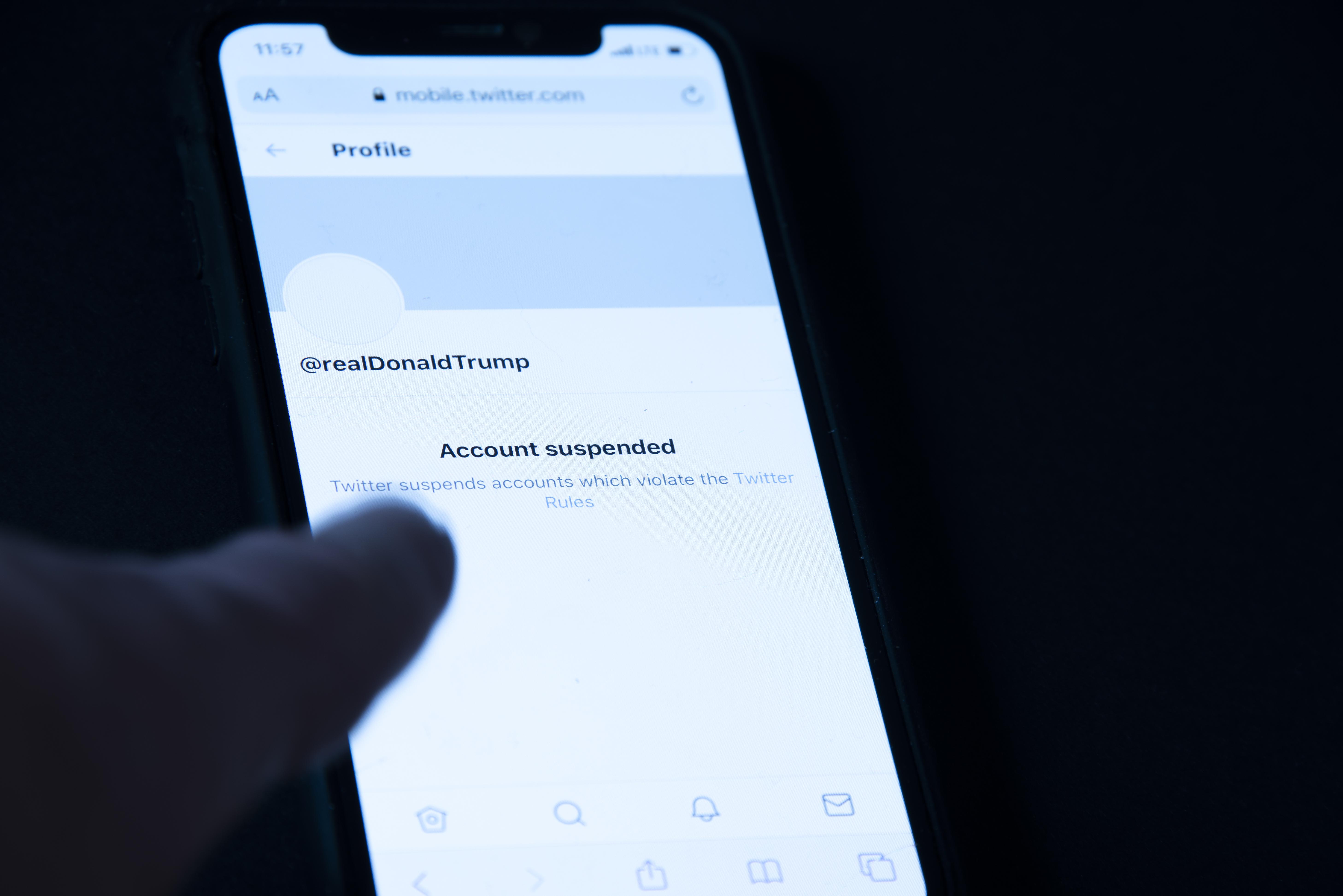 Sokkal kevesebb hamis információ kering az amerikai elnökválasztásról, mióta Trumpot eltüntették az internetről