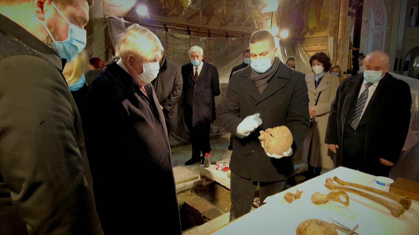 Kásler Miklós összerakná Mátyás király csontjait, és újratemetné