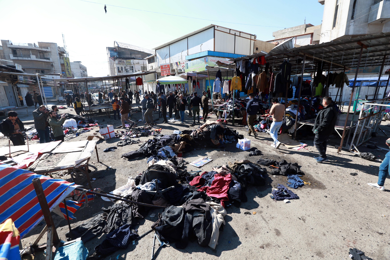 Legalább 28 embert megölt két öngyilkos merénylő Bagdadban egy piacon
