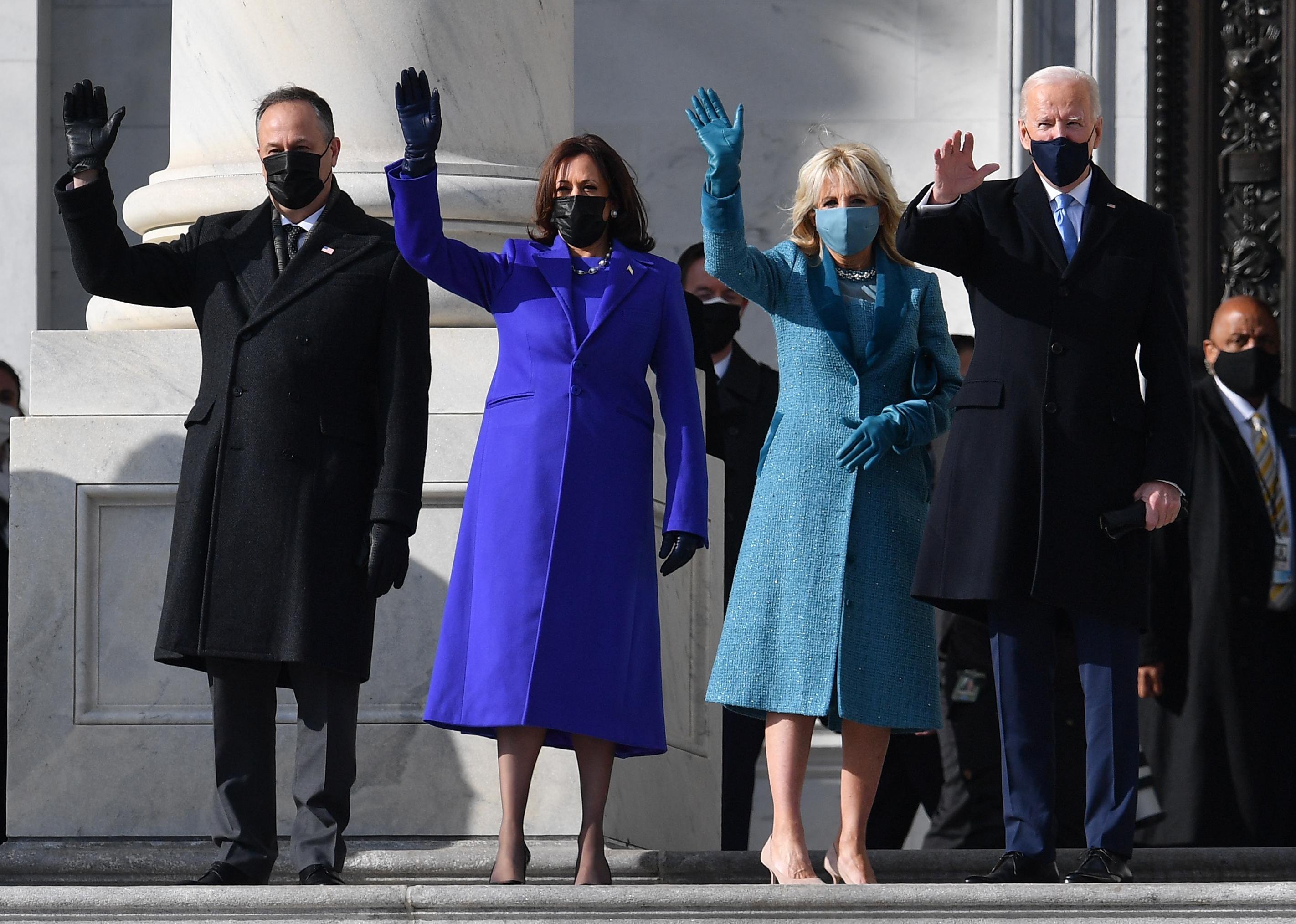 Egység, remény, nyugalom: Joe Biden beiktatásán a ruháknak szimbolikus üzenete volt