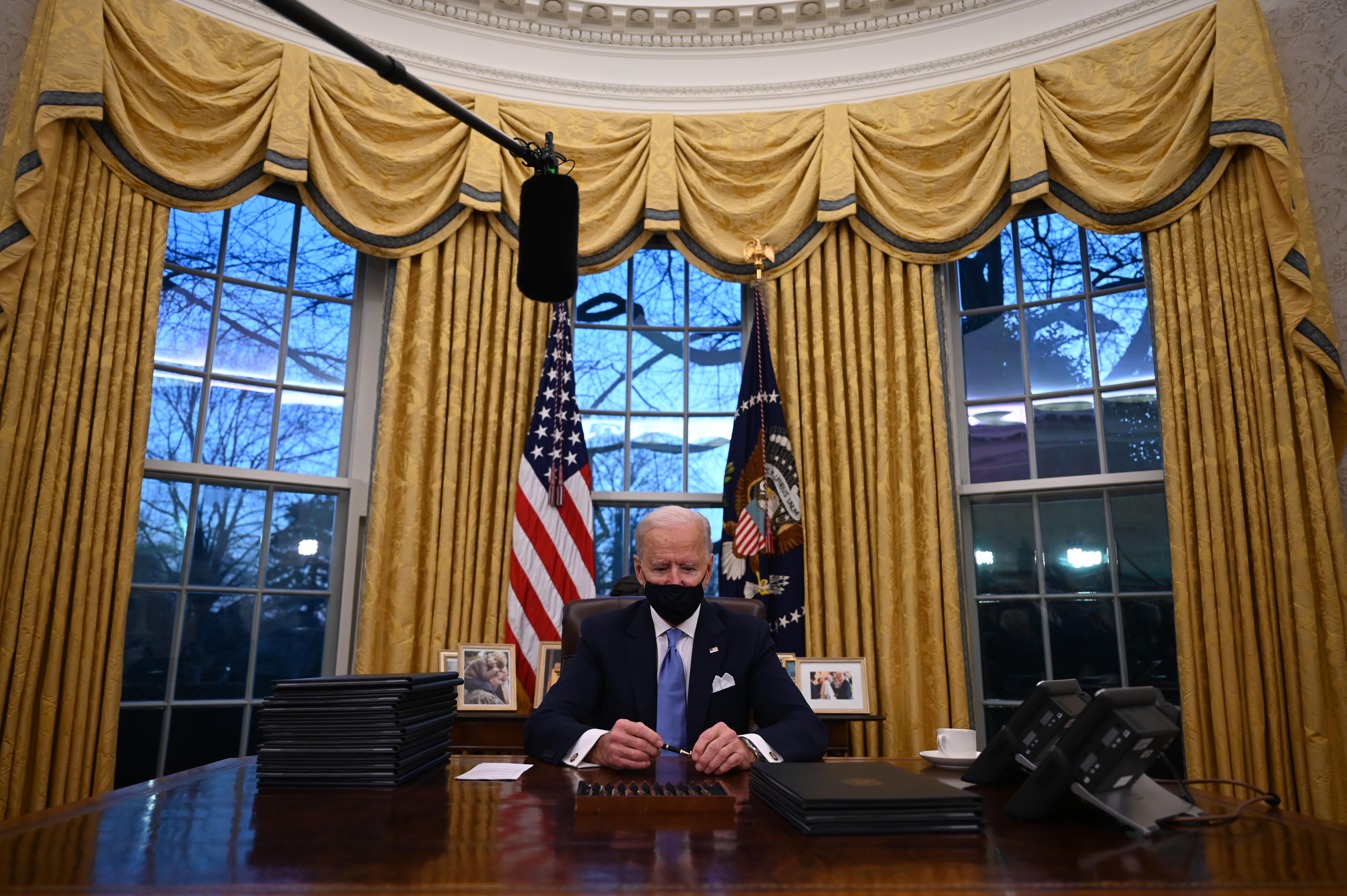 Biden visszavonta Trump döntését, ami nagyrészt tiltotta a transzneműeknek, hogy a hadseregben szolgáljanak