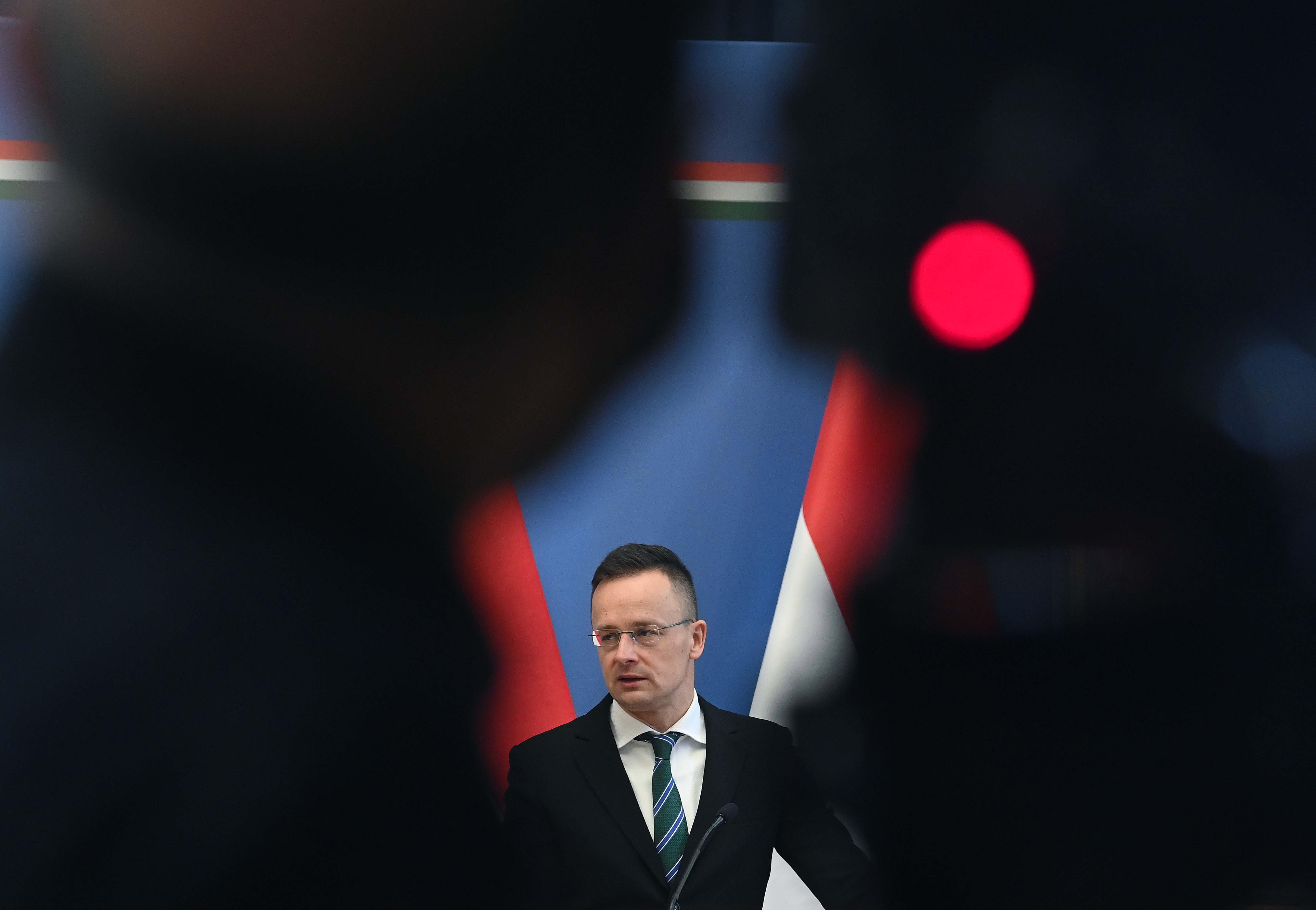 Szijjártó nem tud Orbán Viktornál demokratikusabb politikust elképzelni jelenleg Európában