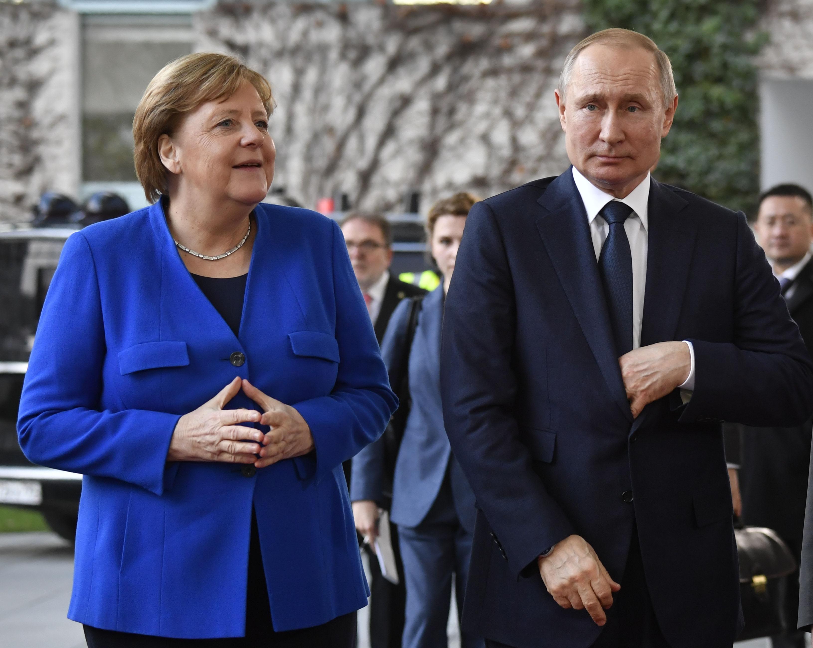 Az Európai Parlament leállíttatná az Északi Áramlat 2-t Navalnij megmérgezése miatt