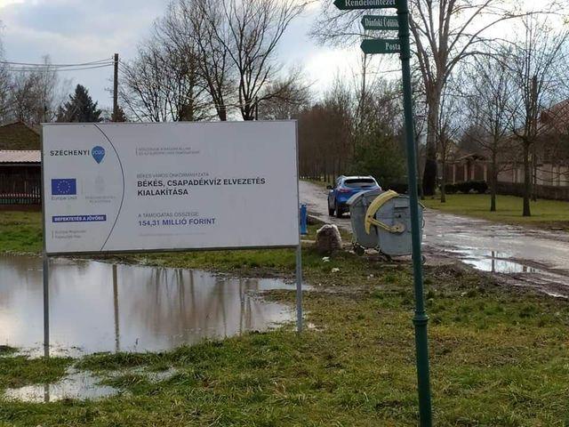 Ha kis halastó kialakítása volt a cél, akkor jól sikerült a csapadékvíz elvezetése uniós pénzből Békésben