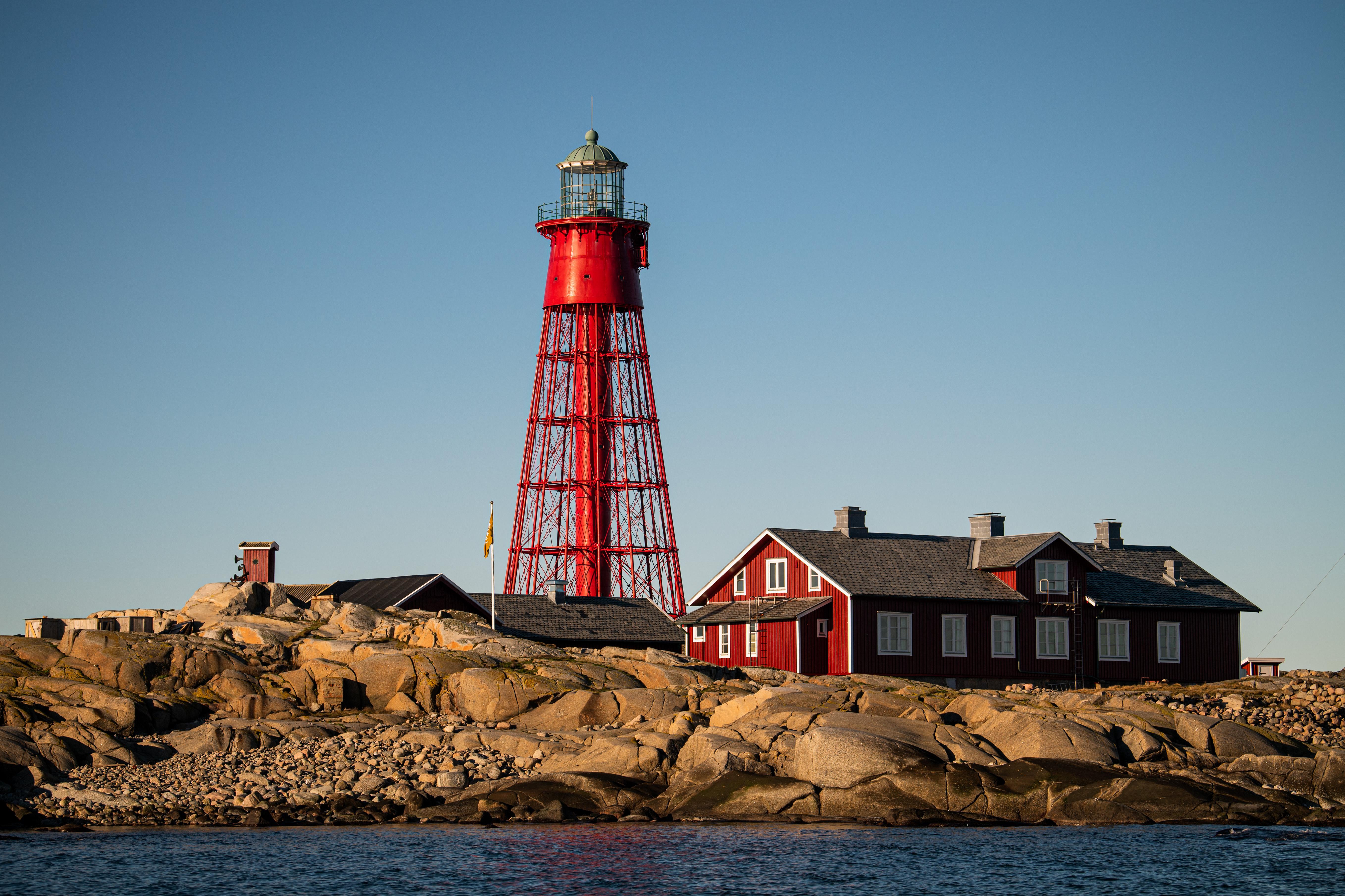 Egy svéd ápoló egyedül fog filmfesztiválozni egy kis szigeten egy világítótoronyban