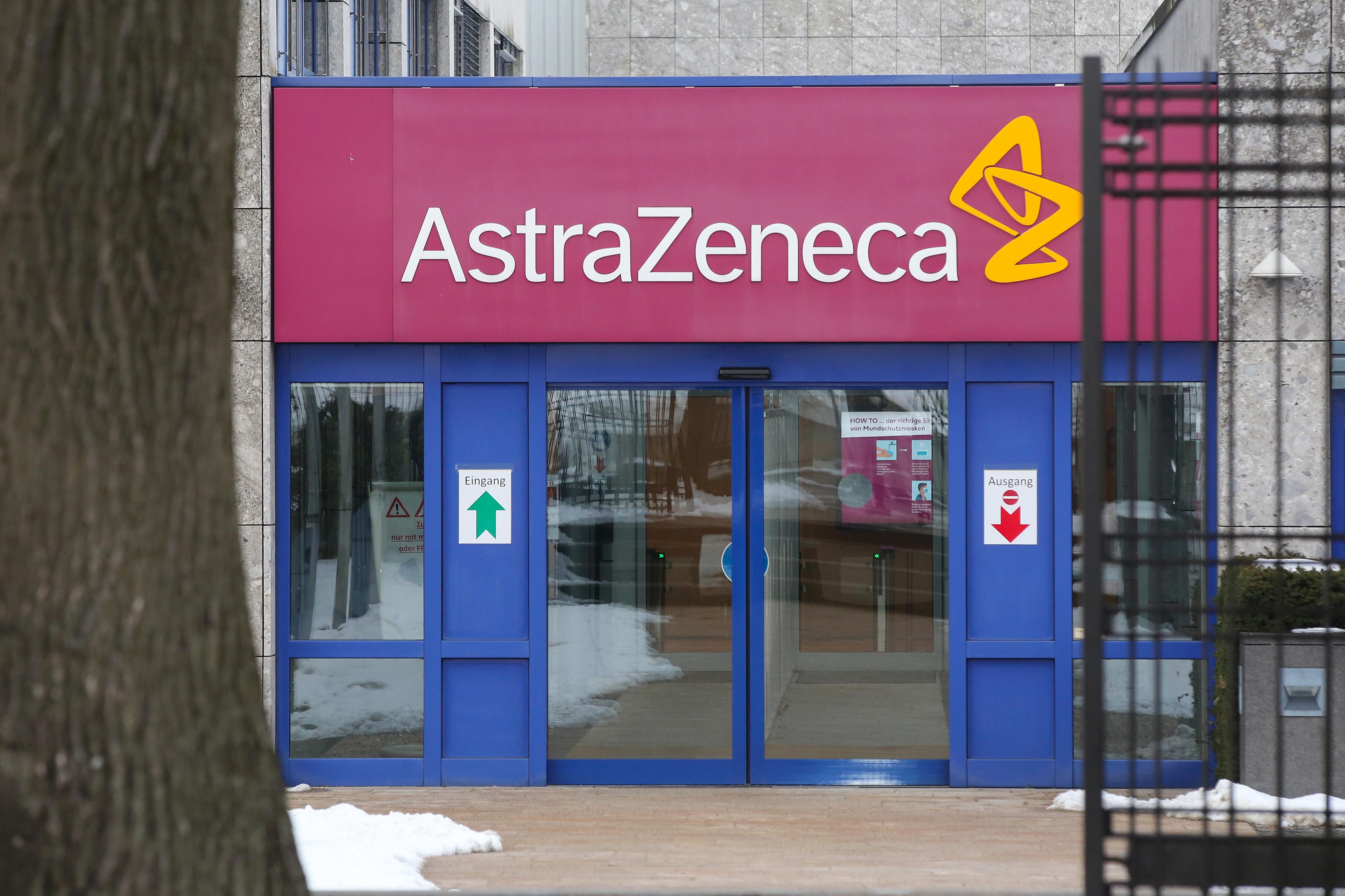 Dél-Afrikában egyelőre nem oltanak az AstraZeneca vakcinájával