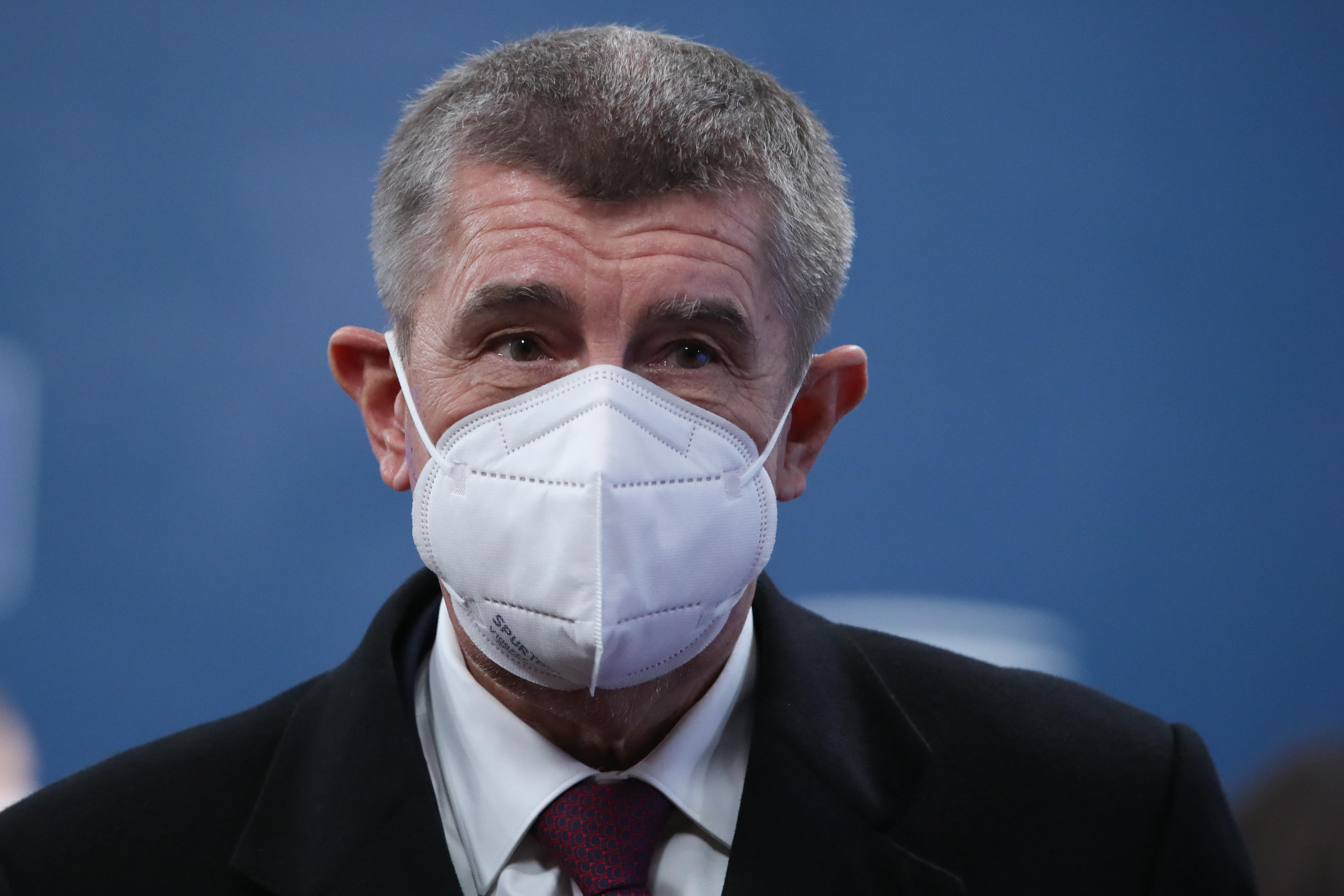 Csehországban anyagi támogatással vennék rá az embereket a tesztelésre