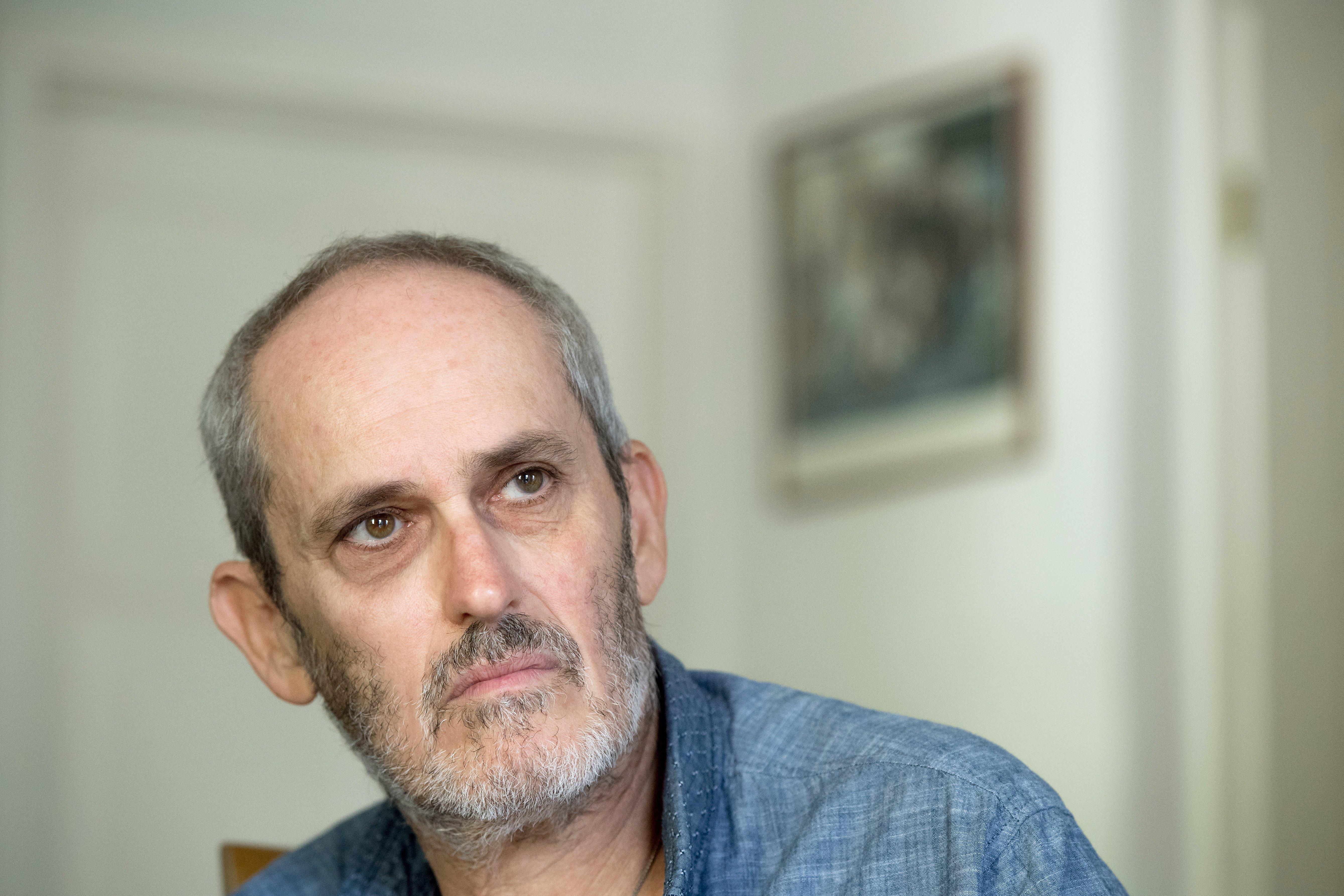 Szász János visszakapta az összes számítógépét és telefonját vitatott dokumentumfilmjének nyersanyagáért cserébe
