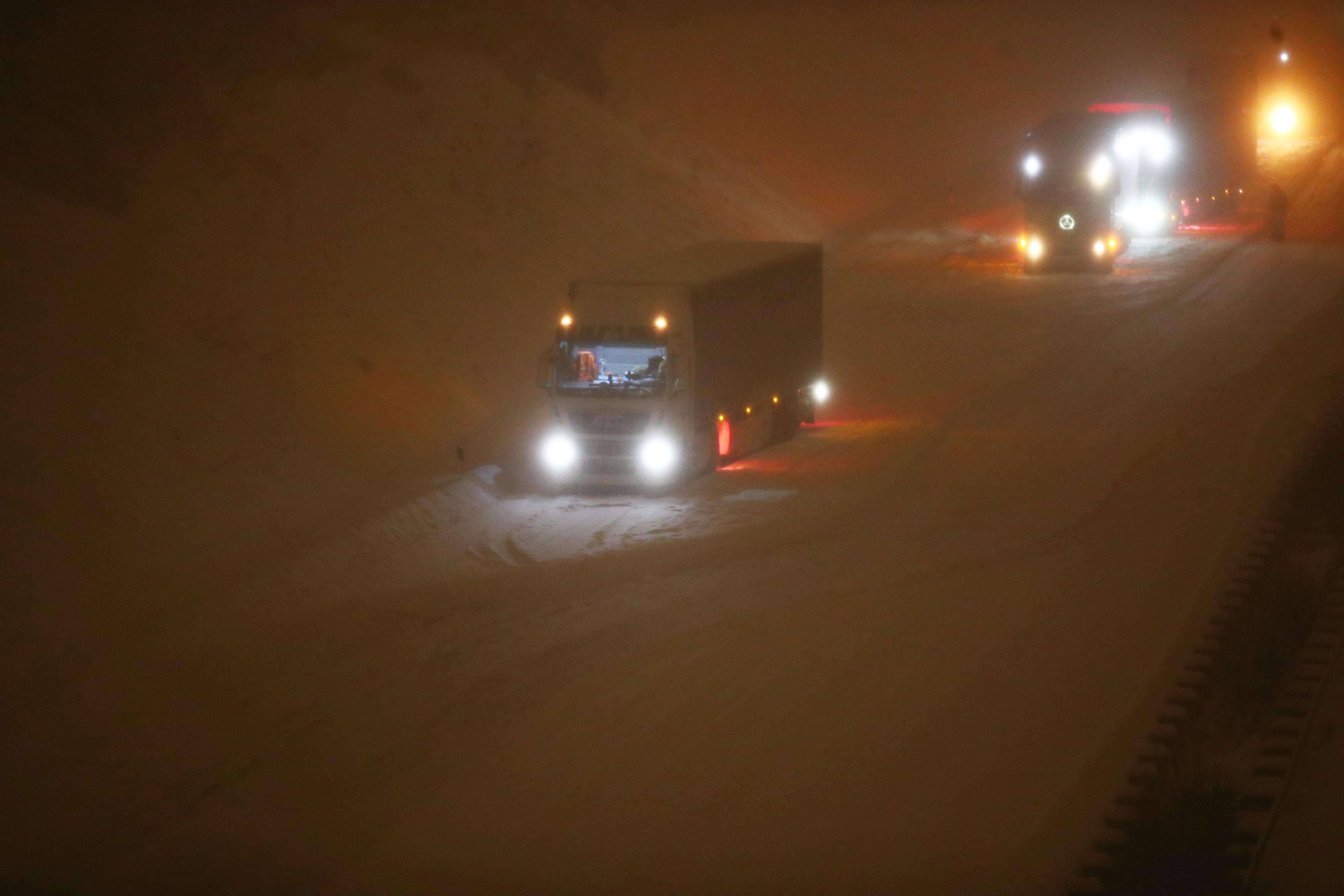 Megbénította a közlekedést az extrém havazás Németországban