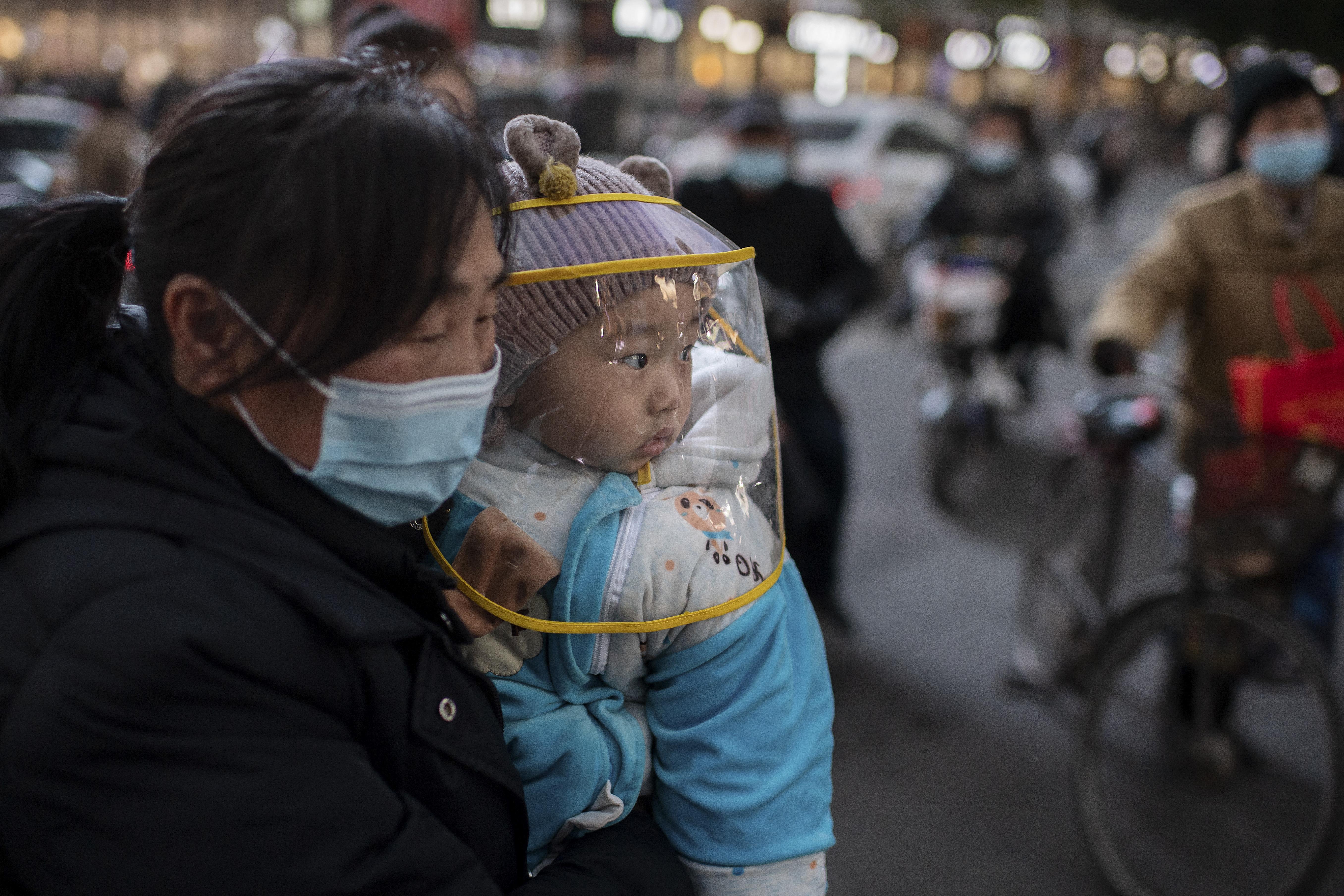 Sokkal kevesebb gyerek született tavaly Kínában, mint 2019-ben