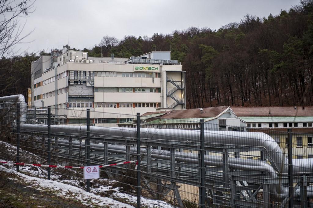 Beindul Németországban a Pfizer vakcina hatóanyagát  megsokszorozó gyár