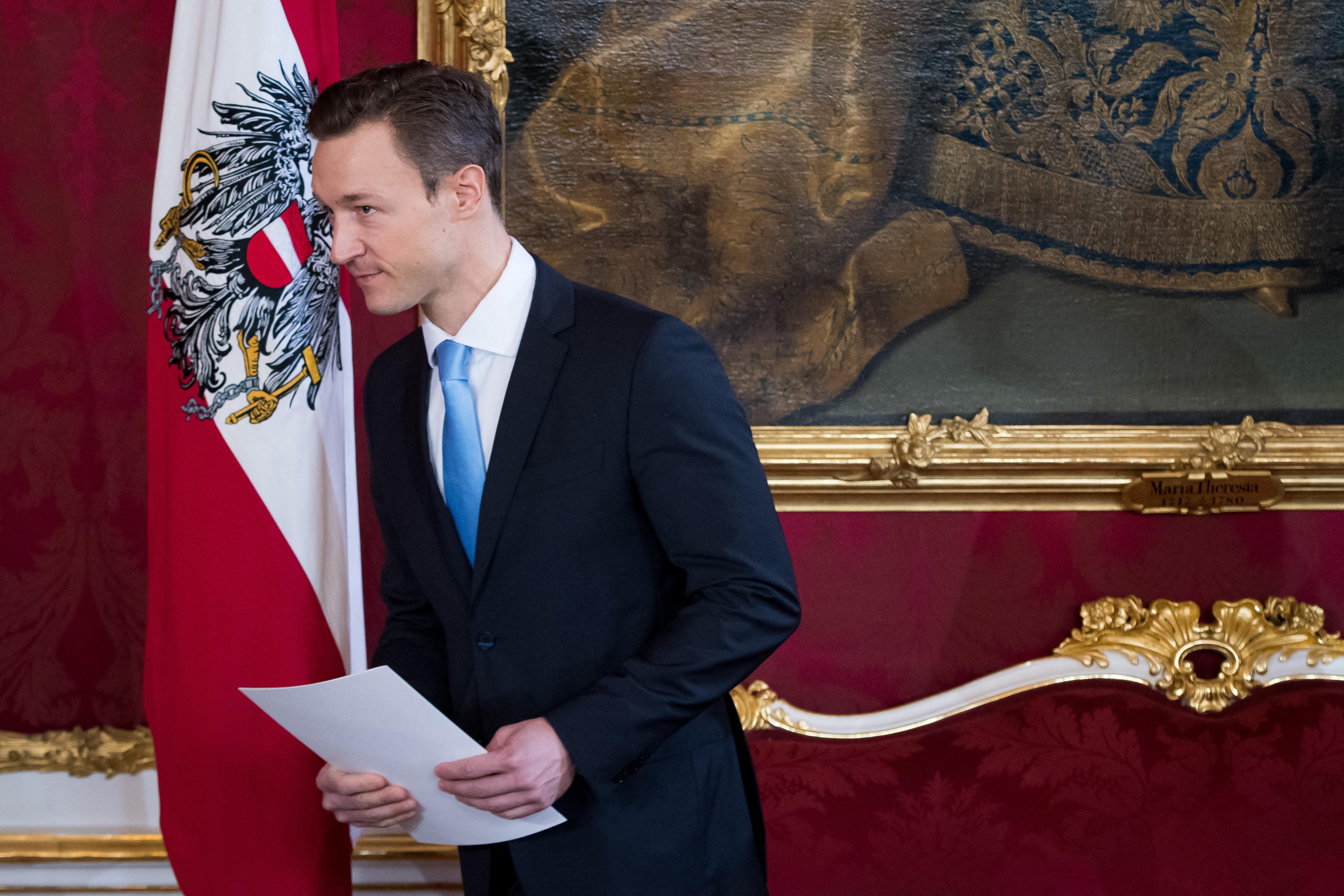 Korrupció gyanúja miatt házkutatást tartottak az osztrák pénzügyminiszternél