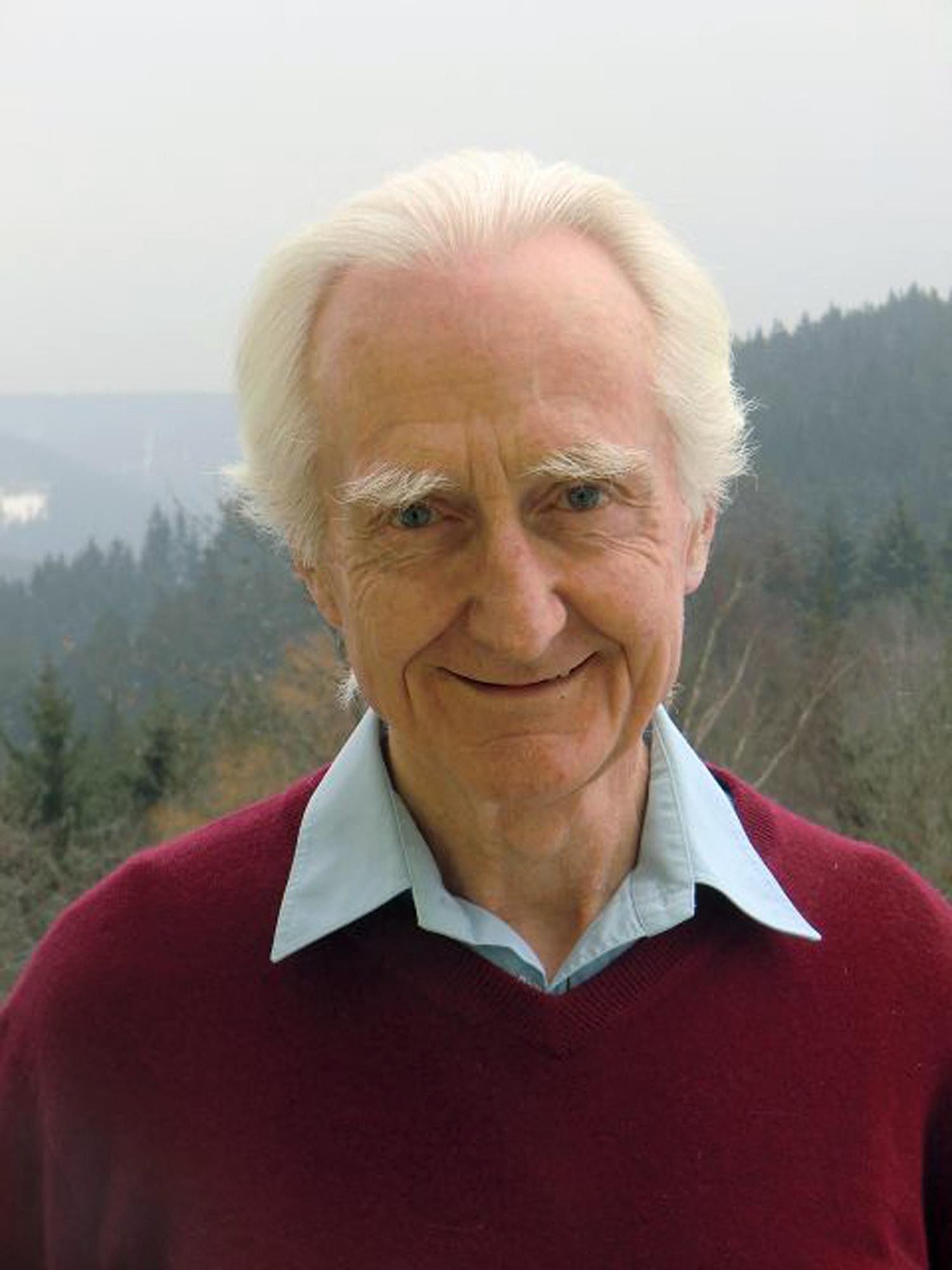 Meghalt Jálics Ferenc jezsuita pap, aki Ferenc pápa lelki vezetője is volt