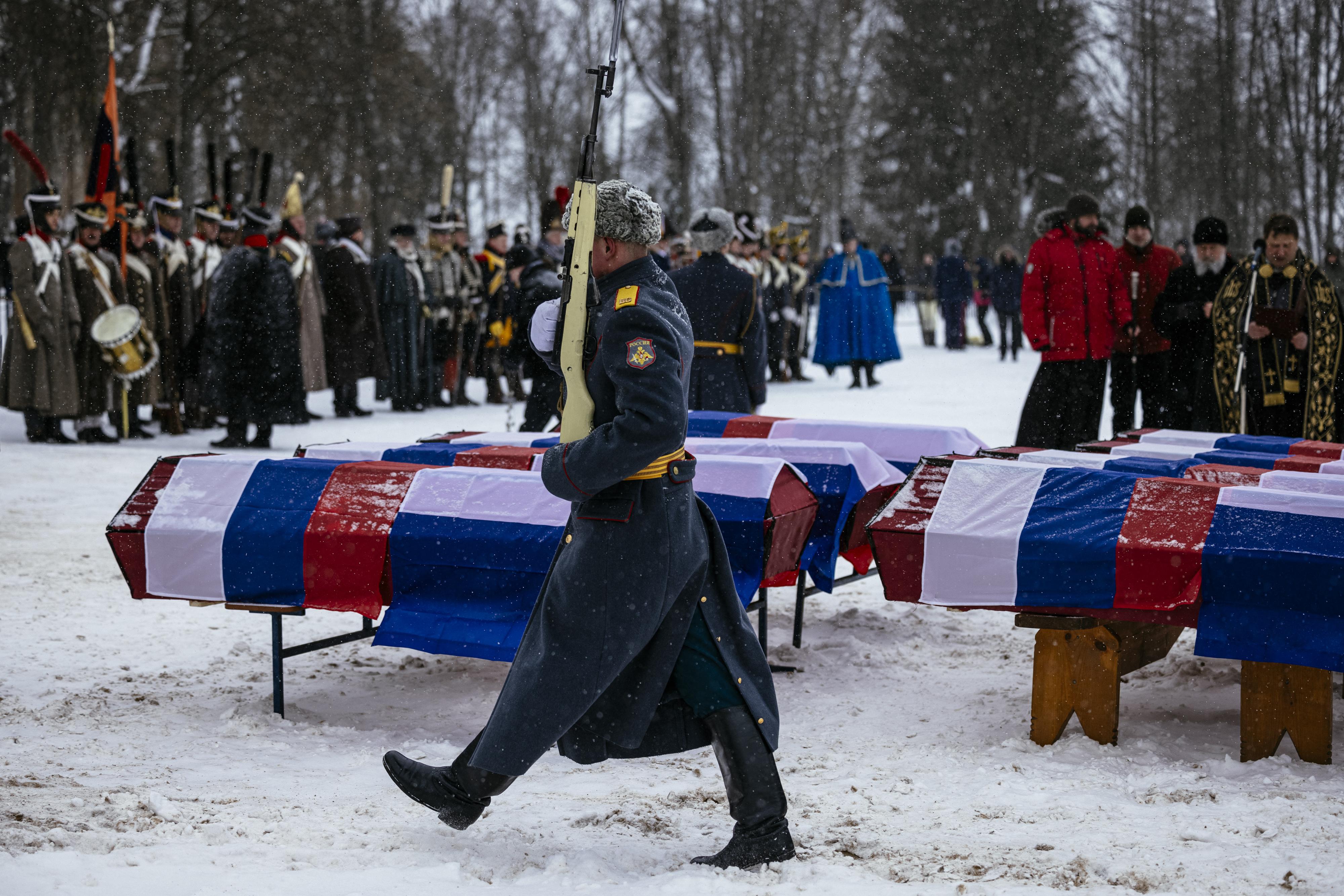 1812-ben elesett francia és orosz katonákat temettek Oroszországban