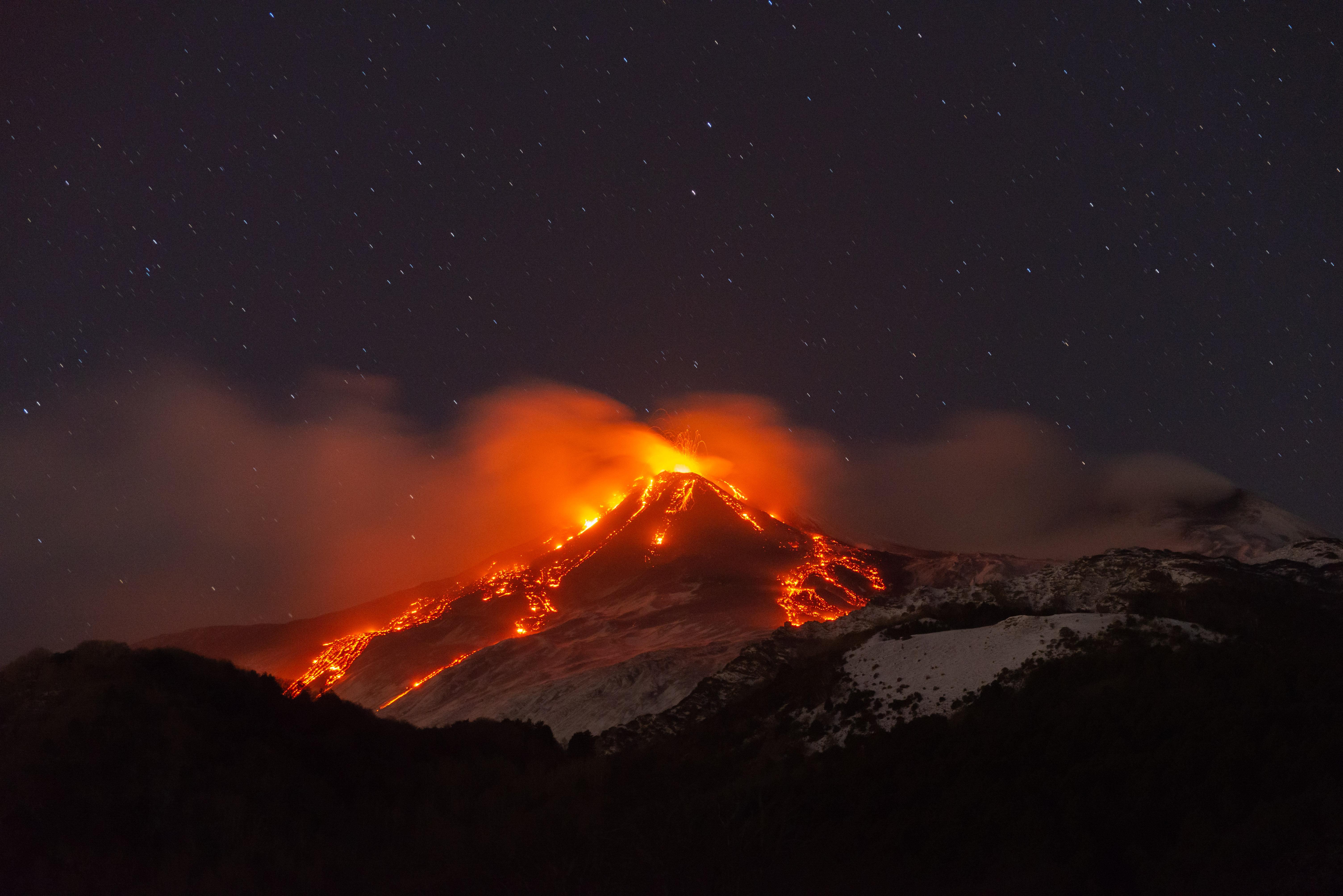 Újra kitört az Etna