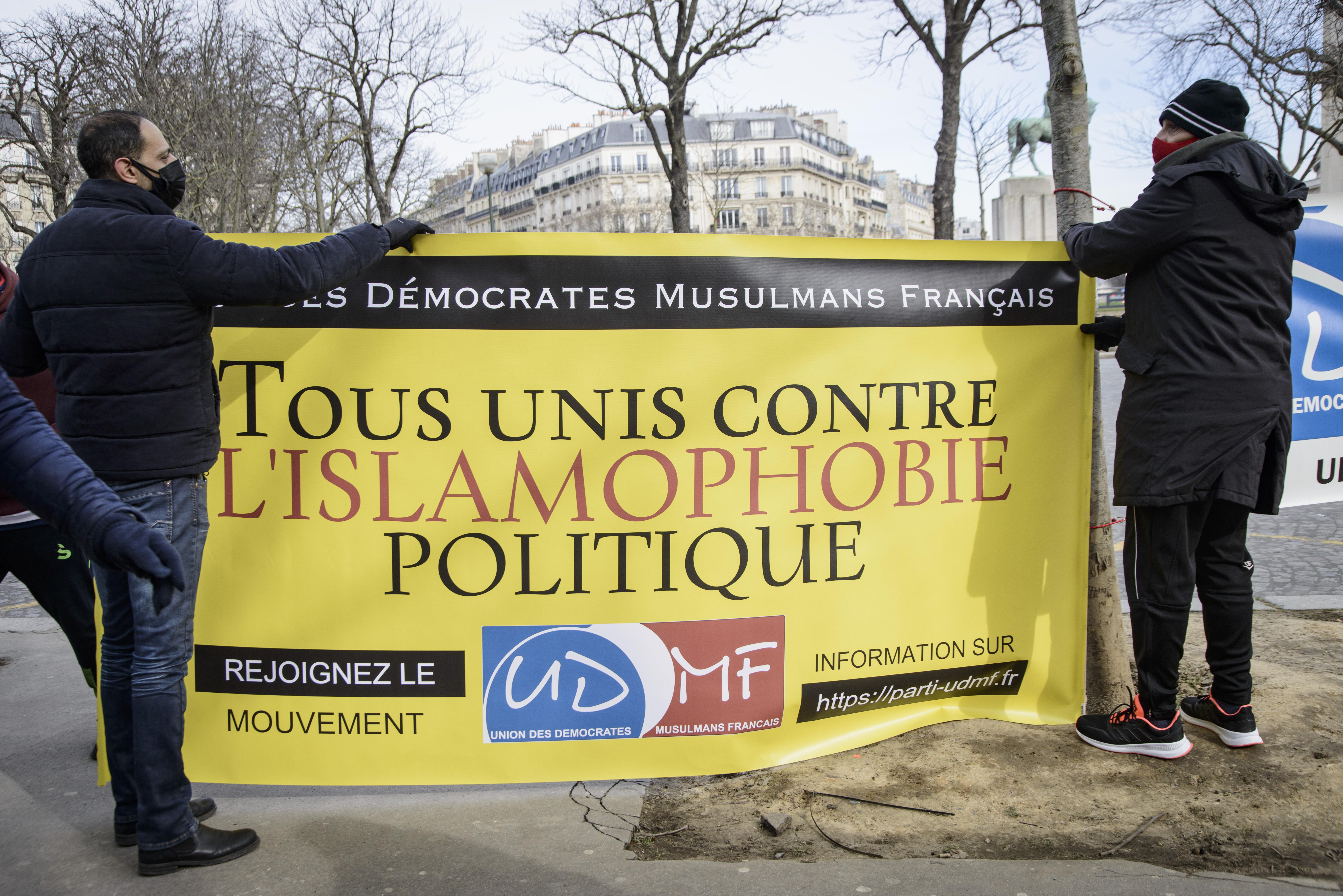 """Elfogadta a francia nemzetgyűlés Macron """"iszlám szeparatizmus"""" elleni törvényét"""