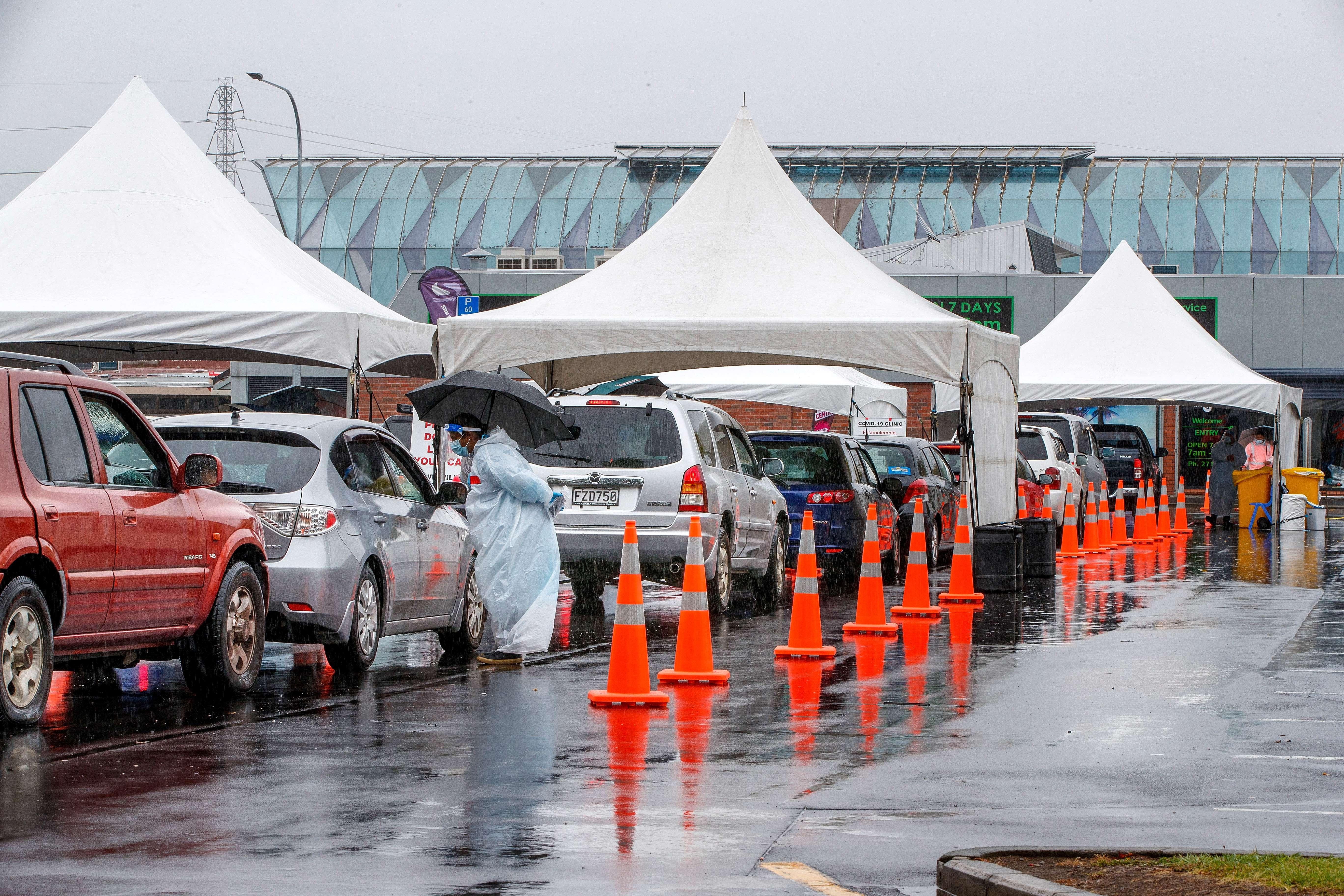 Véget ért a háromnapos totális lezárás Aucklandben