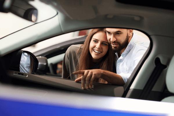 Használt autó hitelből? Ezek most a legjobb banki ajánlatok
