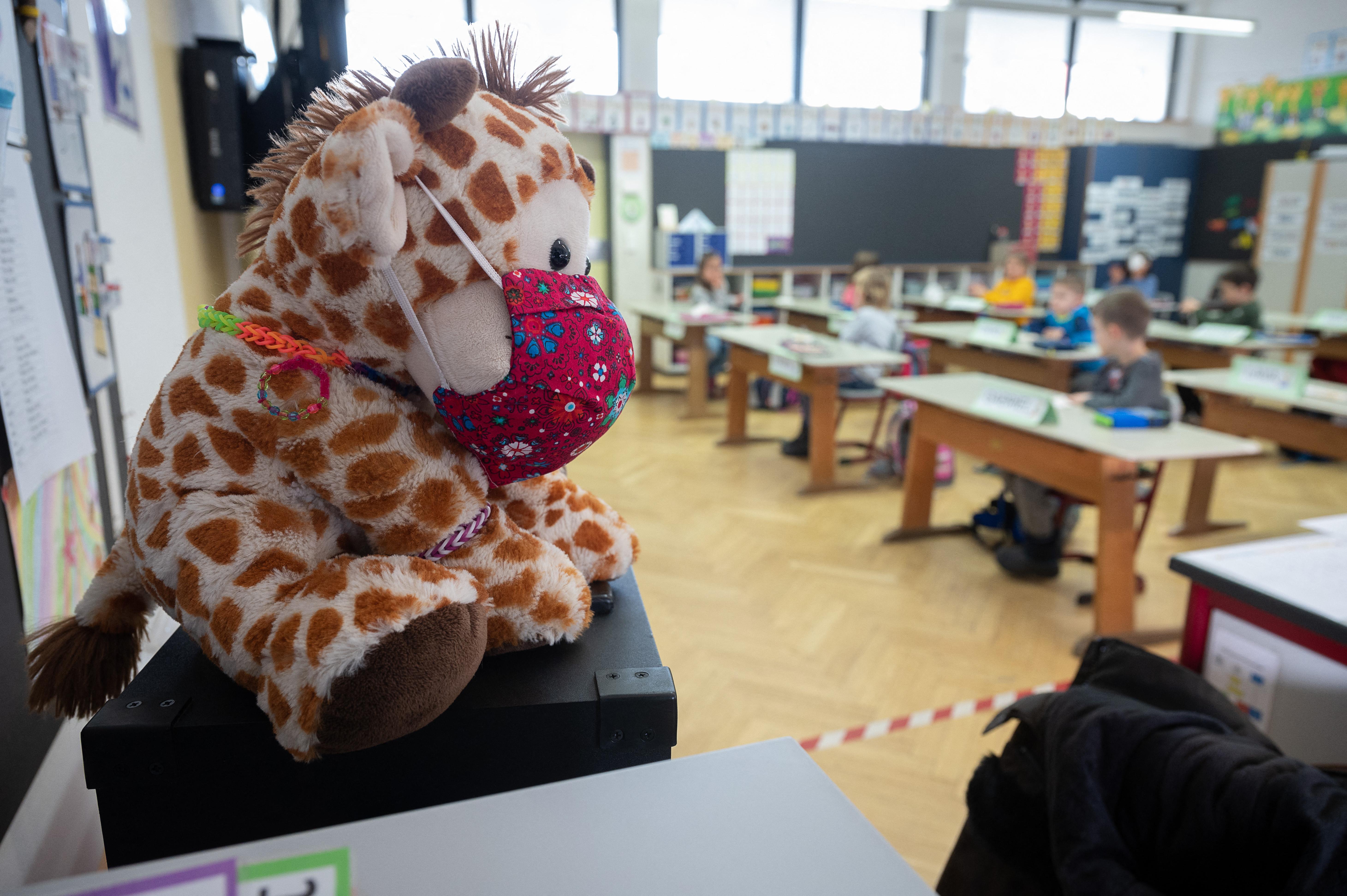 Két hónap kényszerszünet után nyitottak újra a németországi általános iskolák