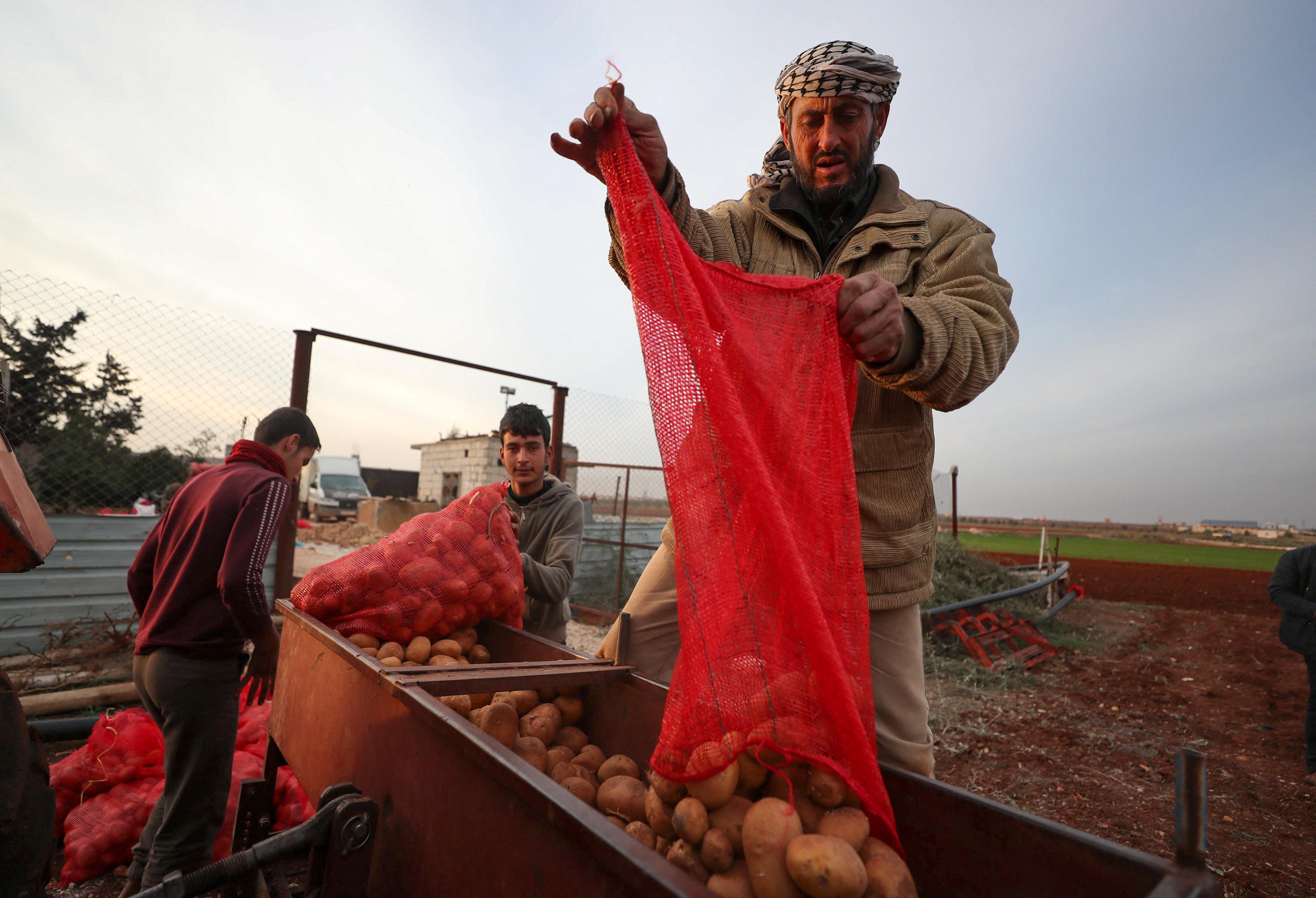 Aszad elnök a főzőműsorok betiltásával orvosolná a gazdasági válságot