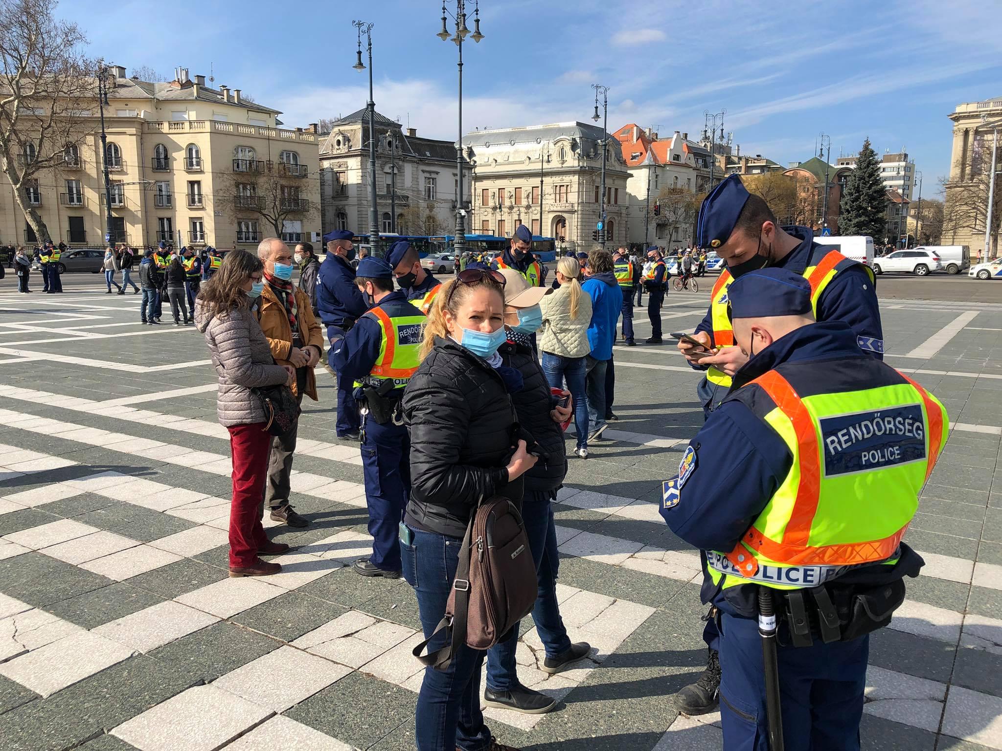A rendőrök 142 feljelentést tettek a Gődény György-féle tüntetésen és utána