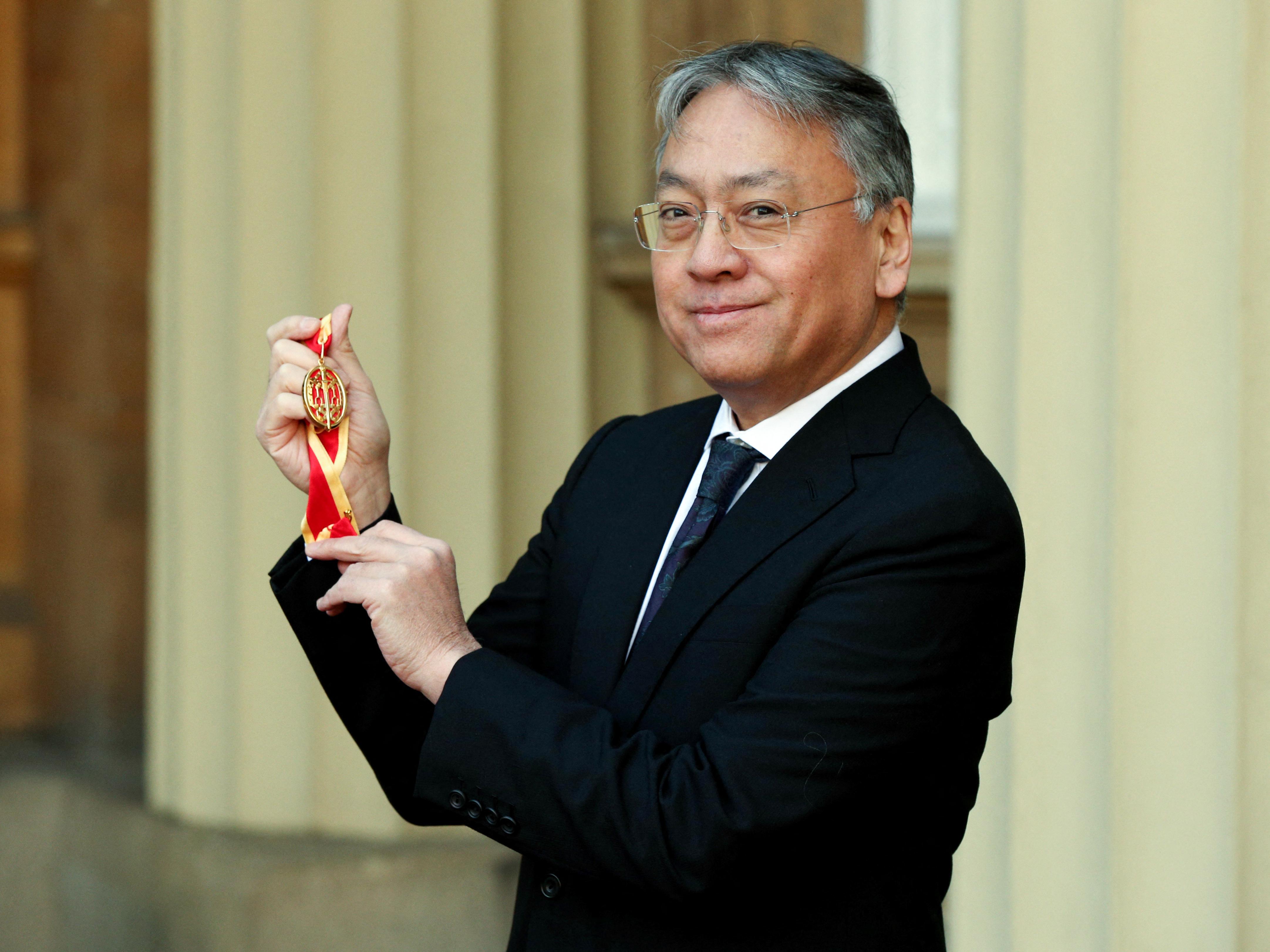 Az online lincselő kommentelőktől félti a fiatal írókat Sir Kazuo Ishiguro