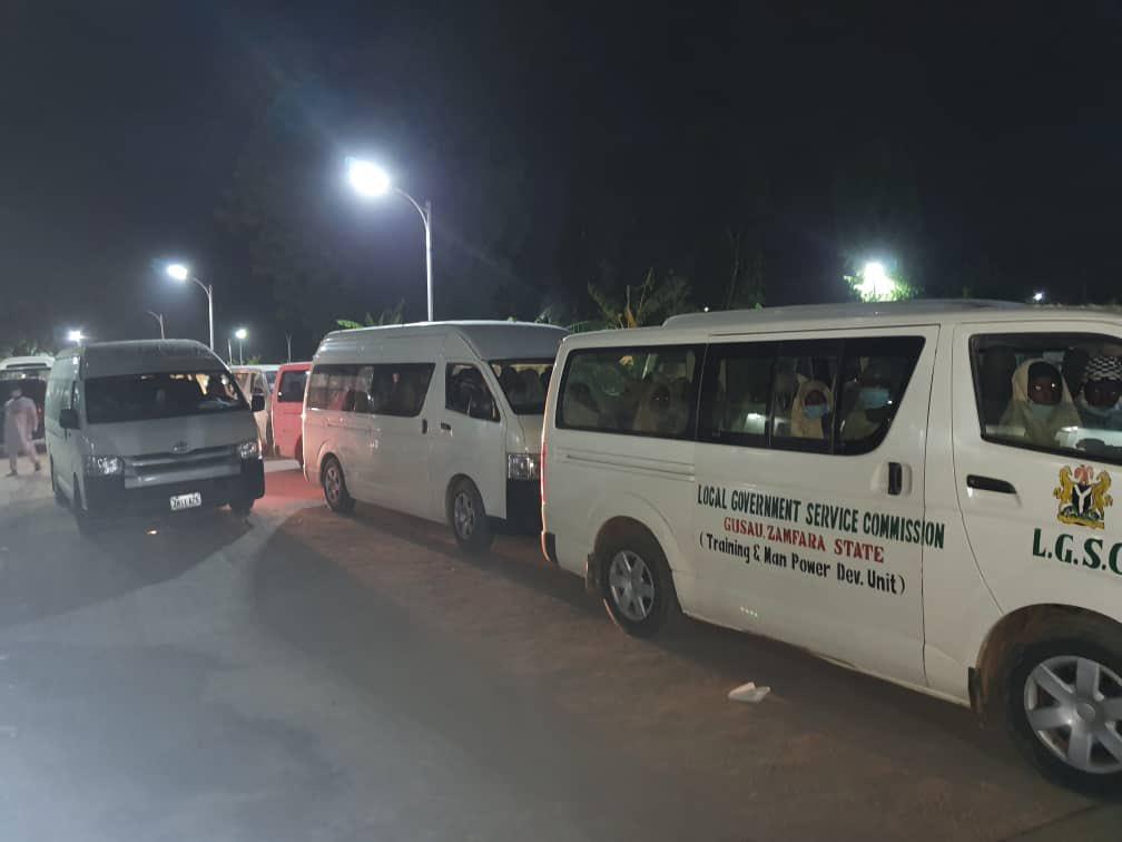 A fegyveresek szabadon engedték a Nigériában elrabolt diáklányokat