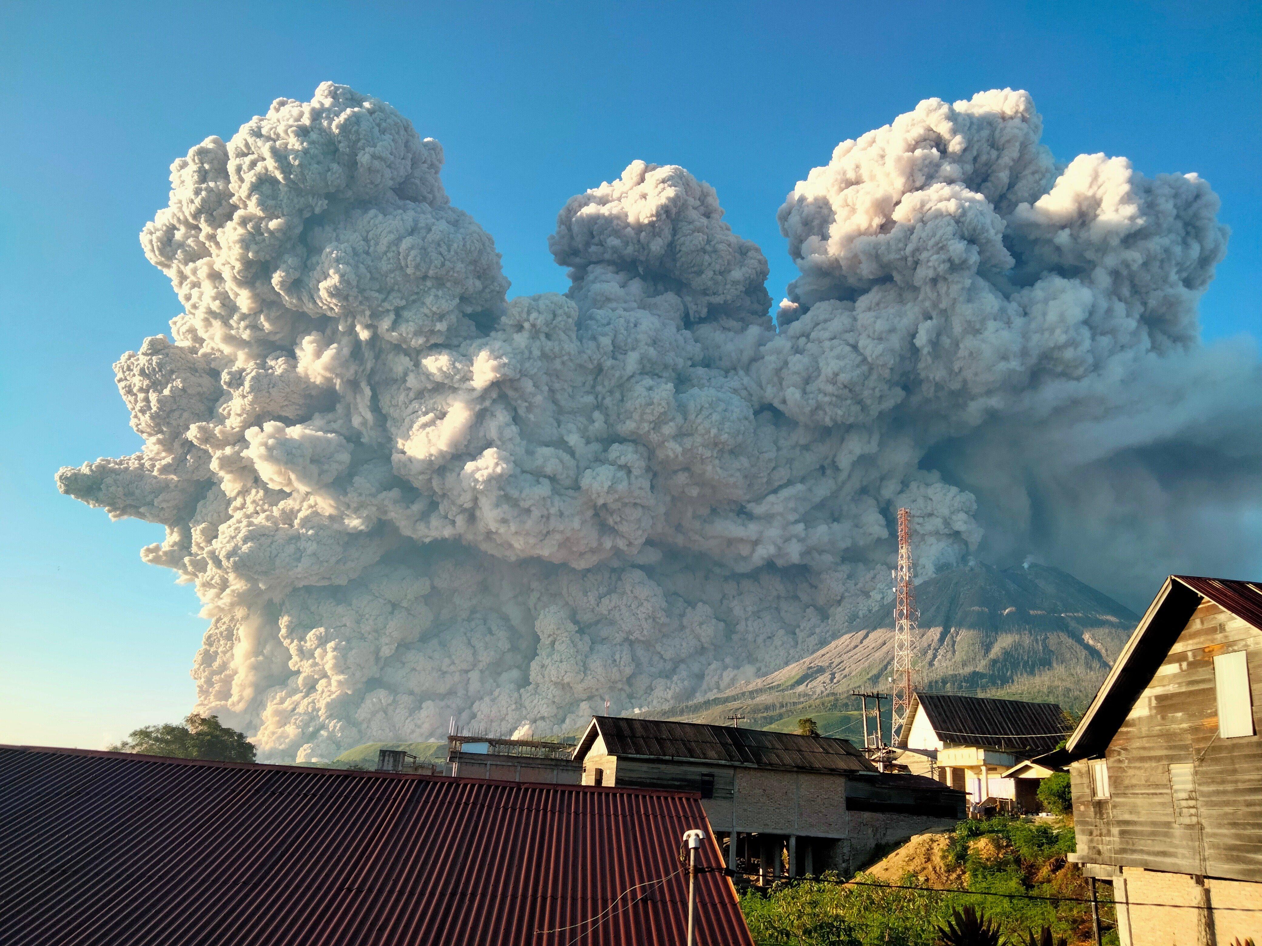 Kitört egy indonéz vulkán