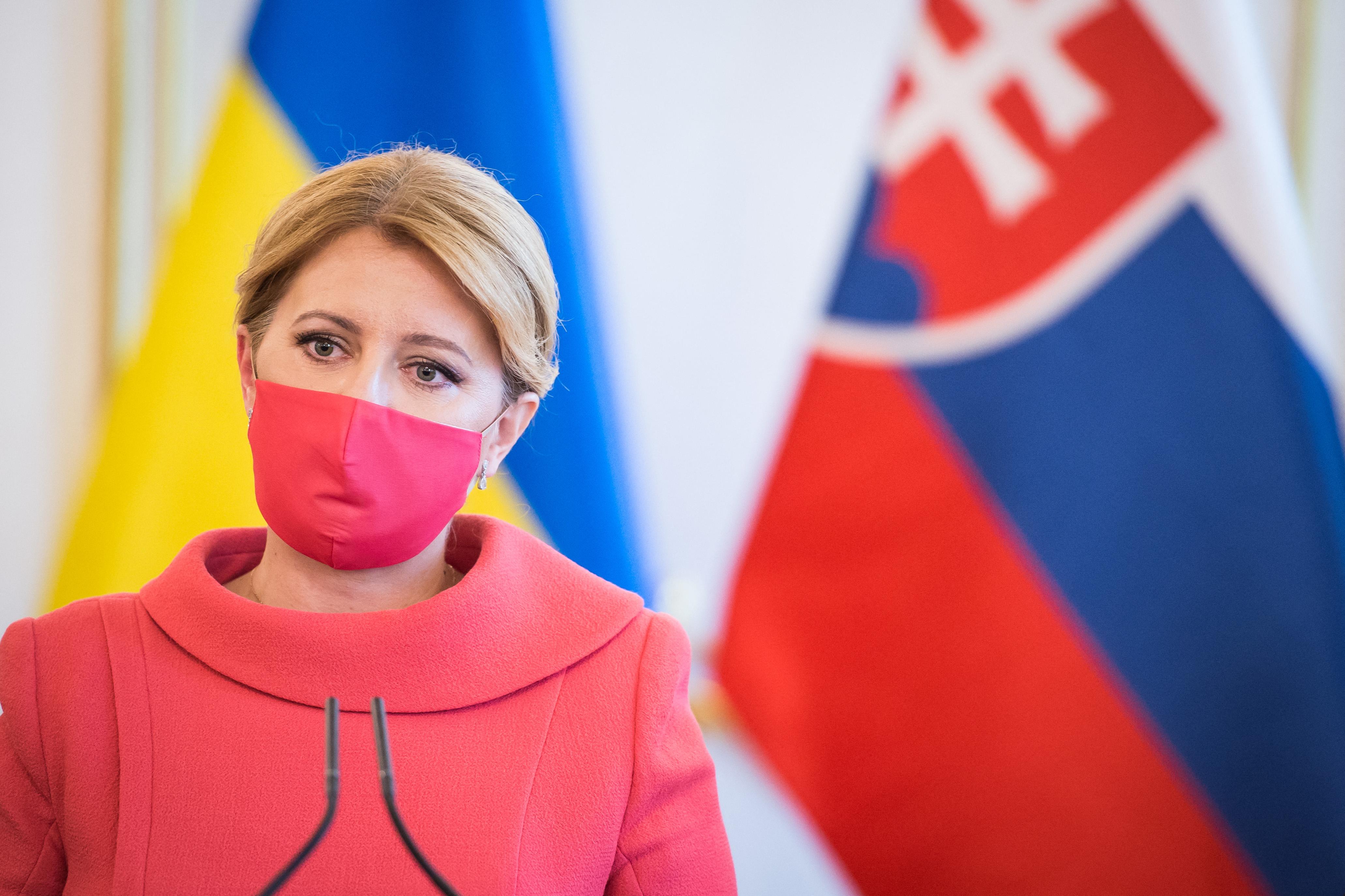 A szlovák államfő bírálja a Szputnyik V beszerzését