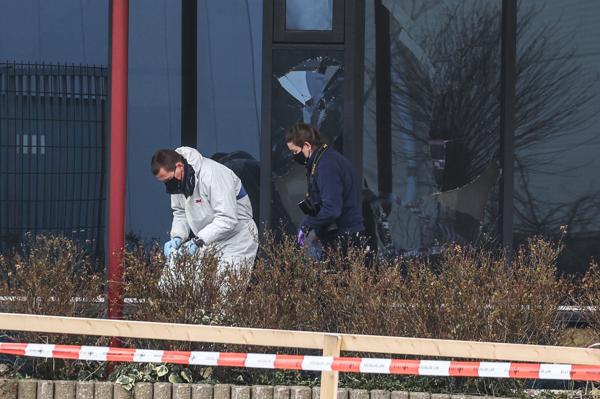 Bomba robbant egy holland tesztközpontnál