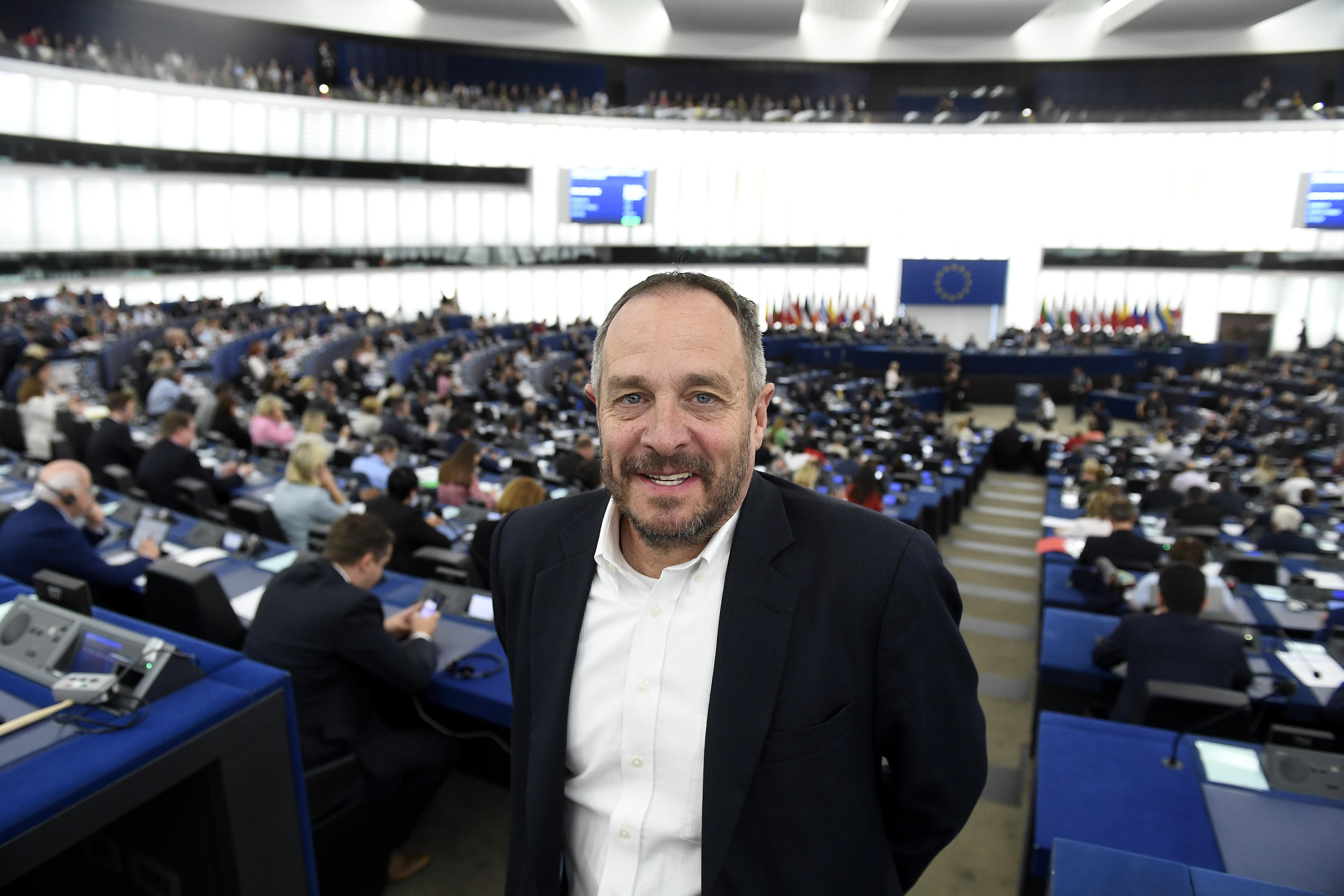 Hölvényi György szerint nagyon komoly vállalás, hogy a Fidesz távozása után ő marad az Európai Néppárt frakciójában