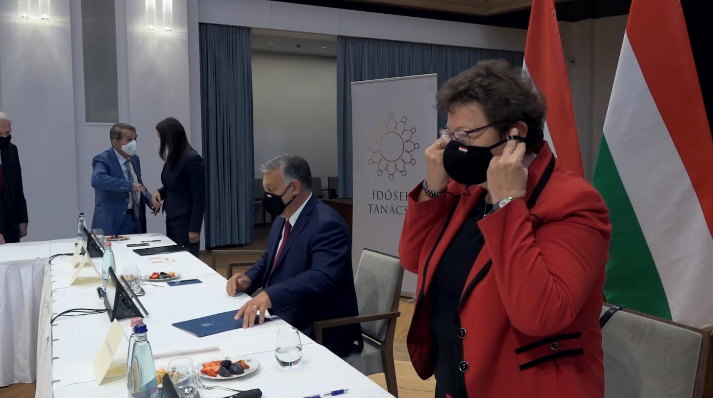 Müller Cecília sem árulta el a telefonszámot, ami Orbánnak reggel nem jutott eszébe